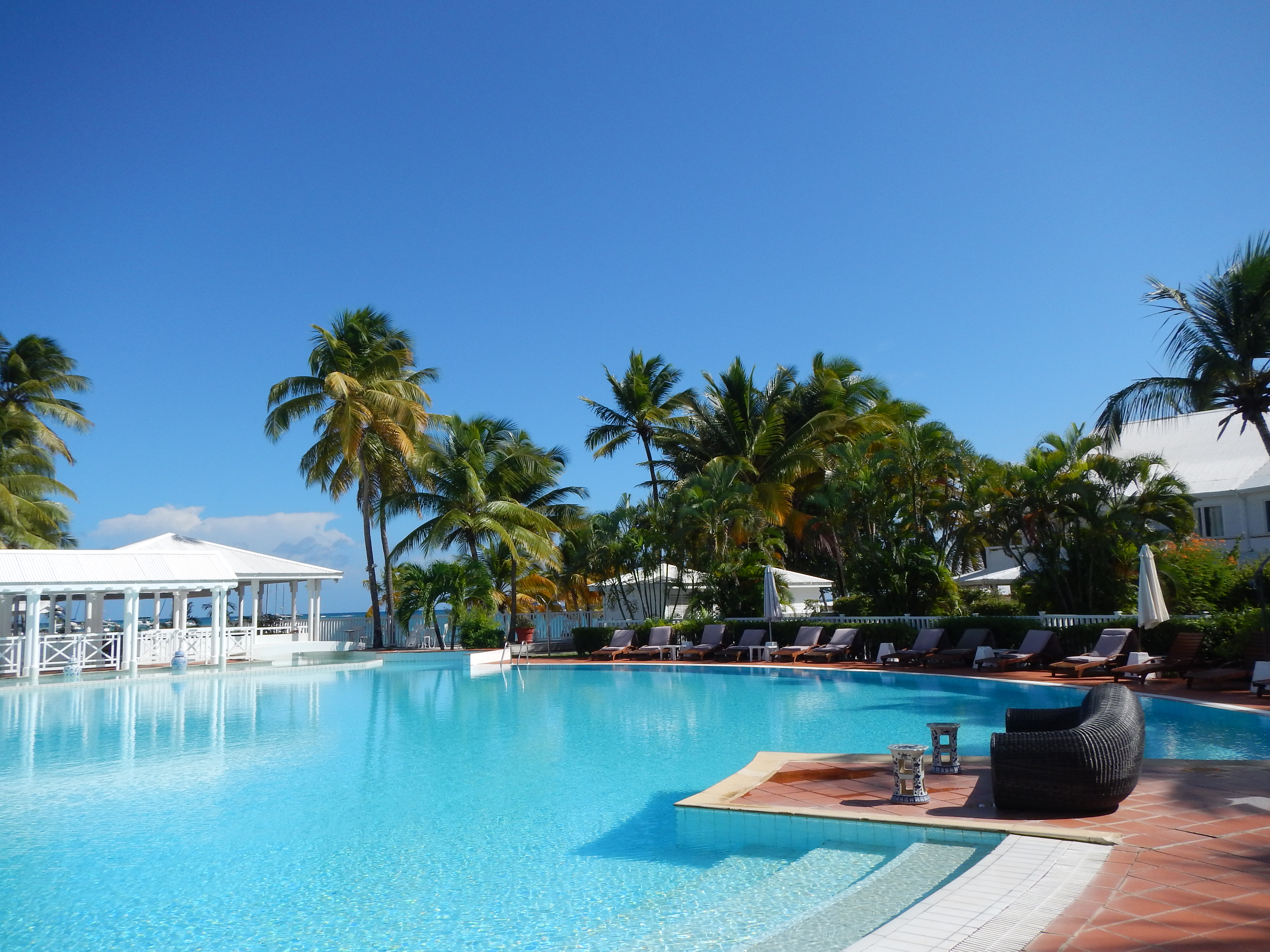 La Cocoteraie Piscine Guadeloupe.JPG
