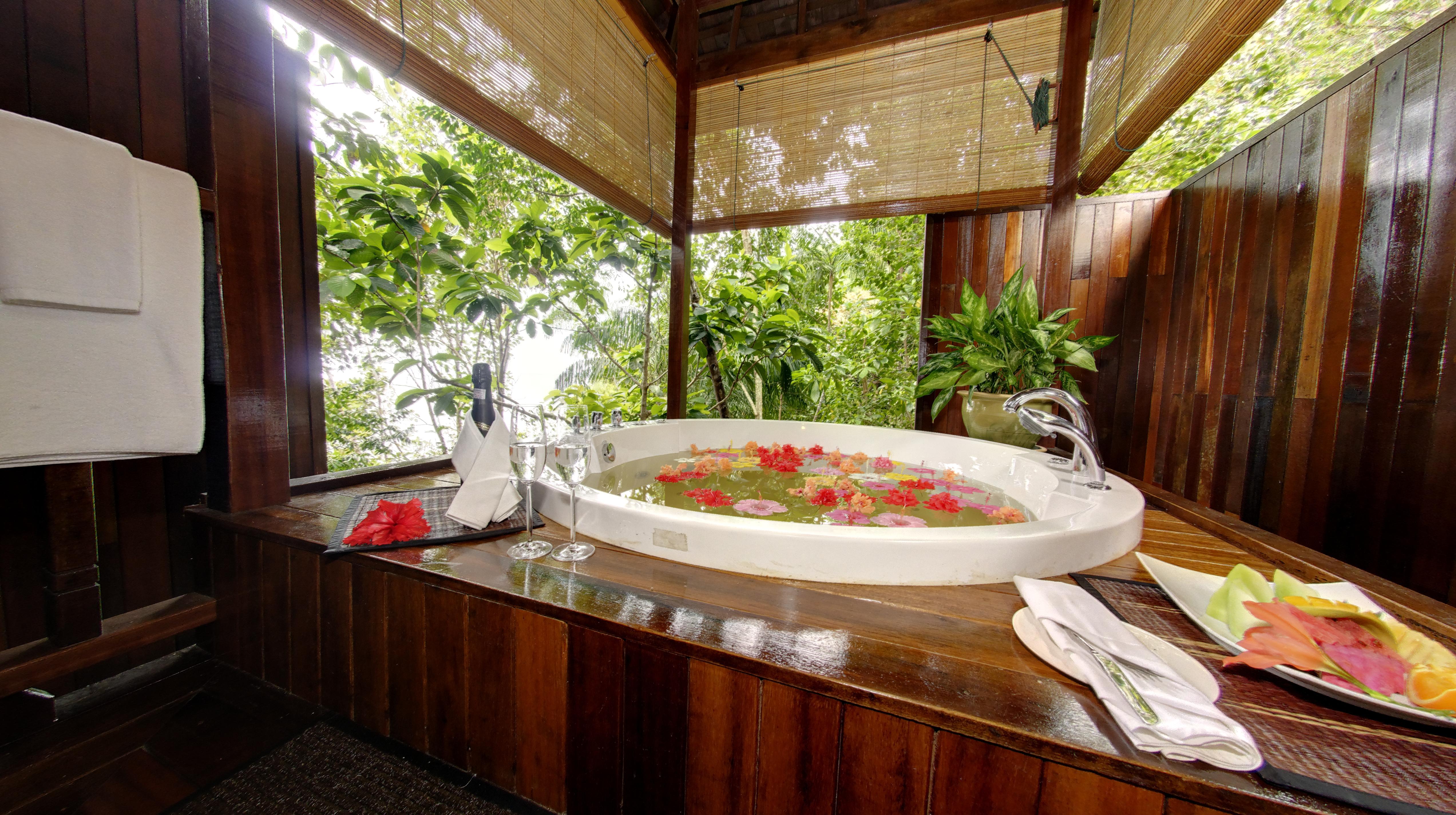 Bunga Raya Malaisie treehouse villa bain