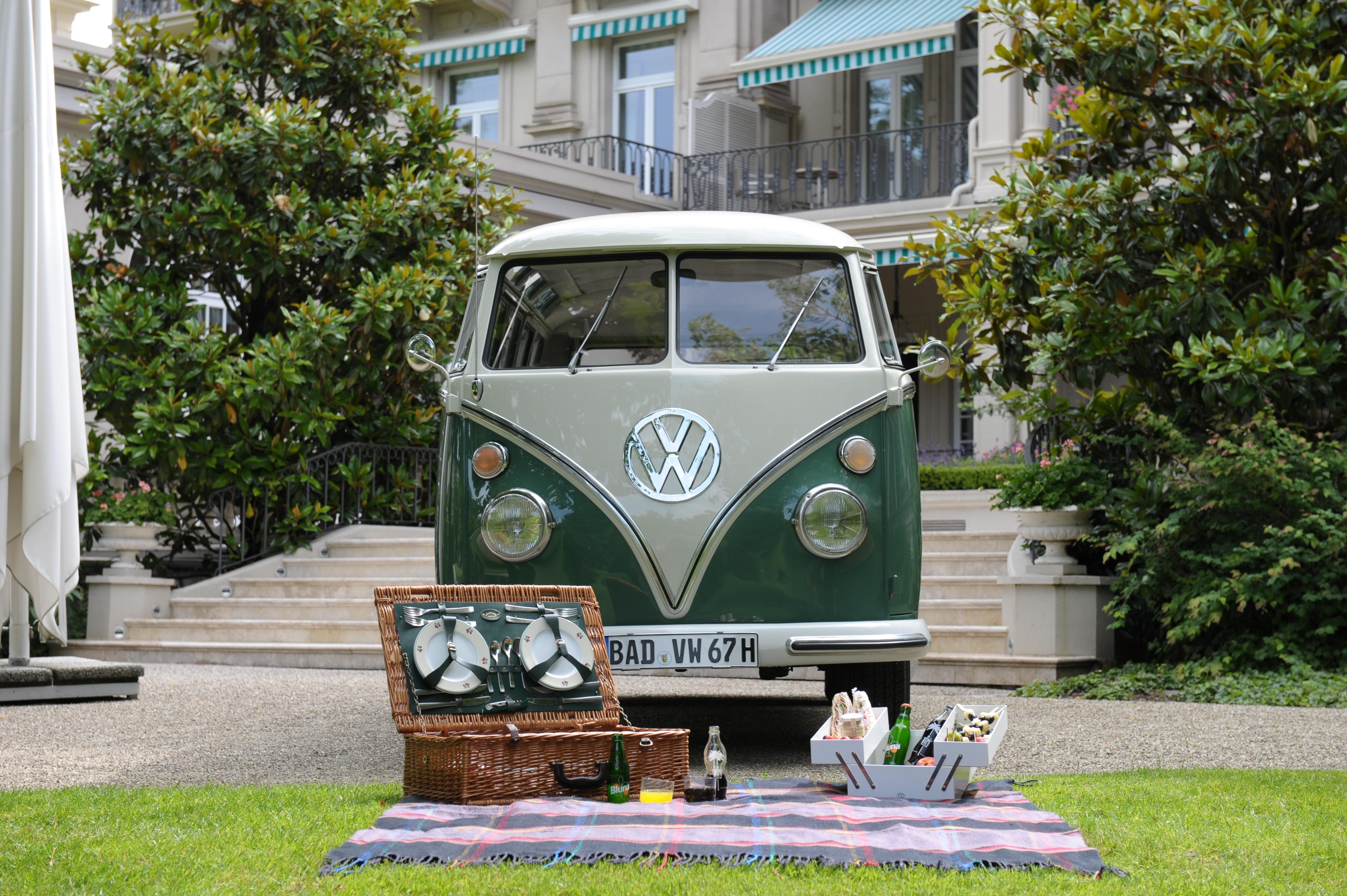 Brenners Baden Baden Samba bus.JPG