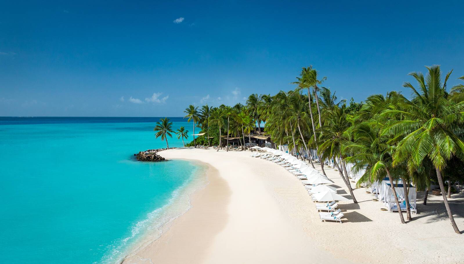 One and Only Reethi Rah Plage Maldives