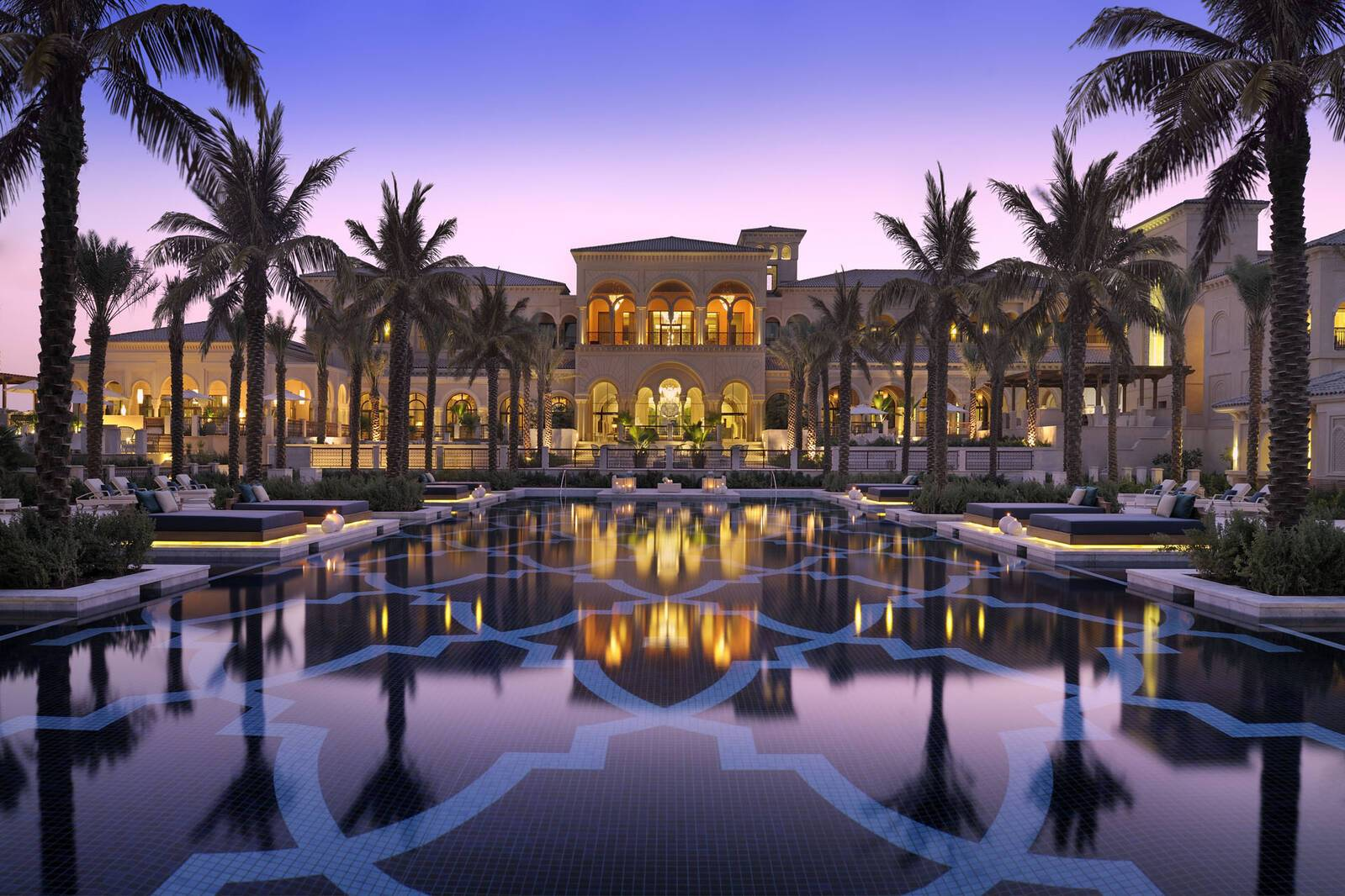 One And Only The Palm Dubai Manor House