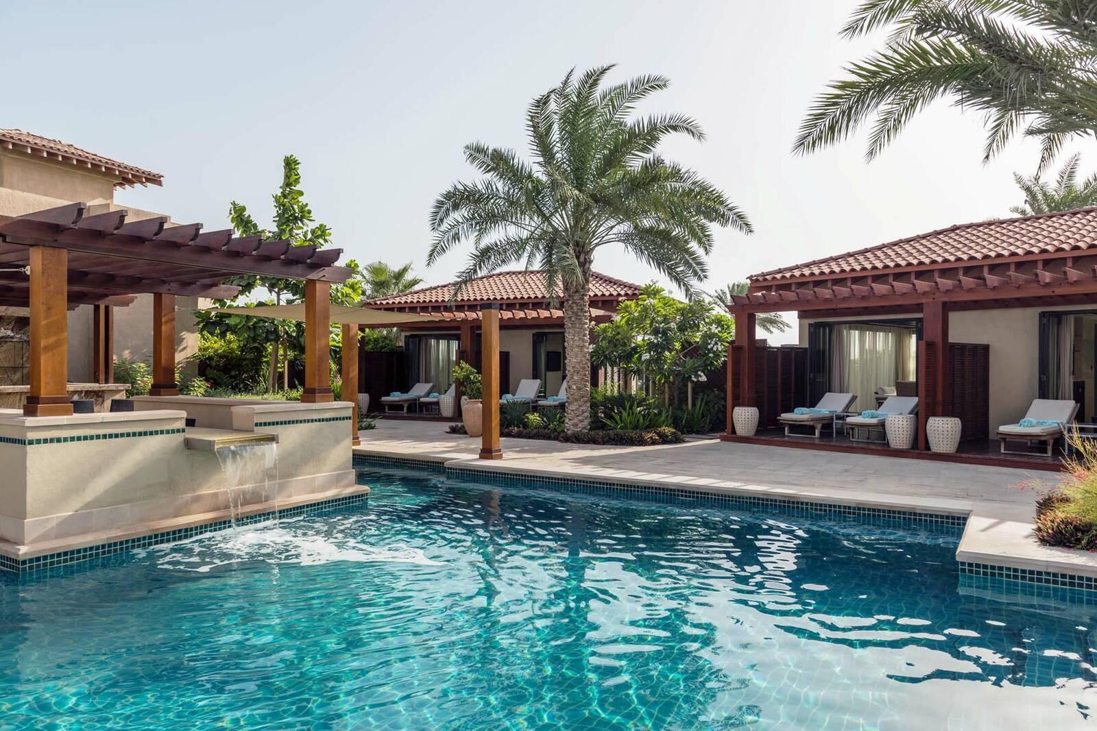 Saint Regis Saadiyat Abu Dhabi Cabana Piscine