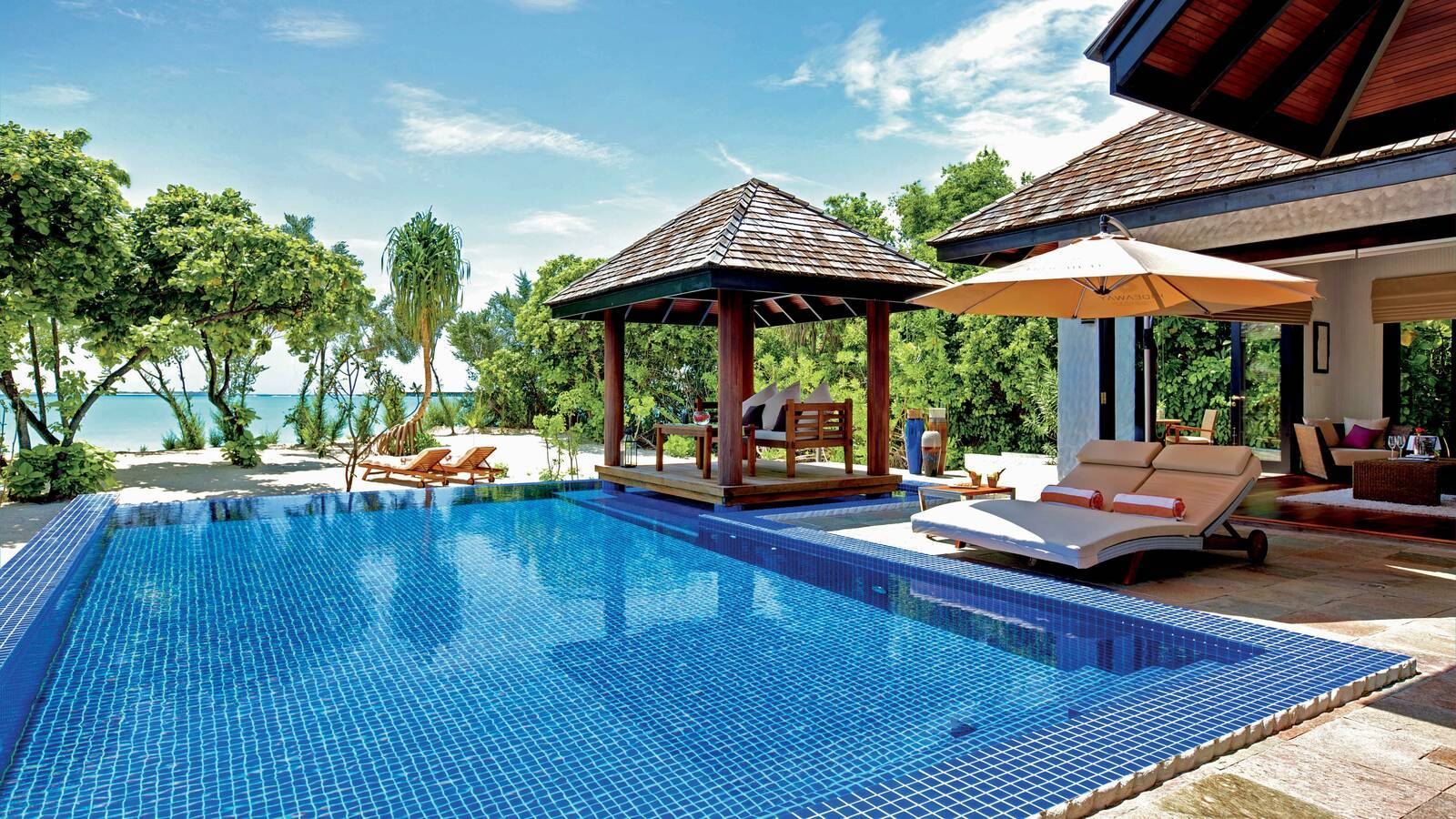 Hideaway Beach Family Villa With Pool Piscine Maldives