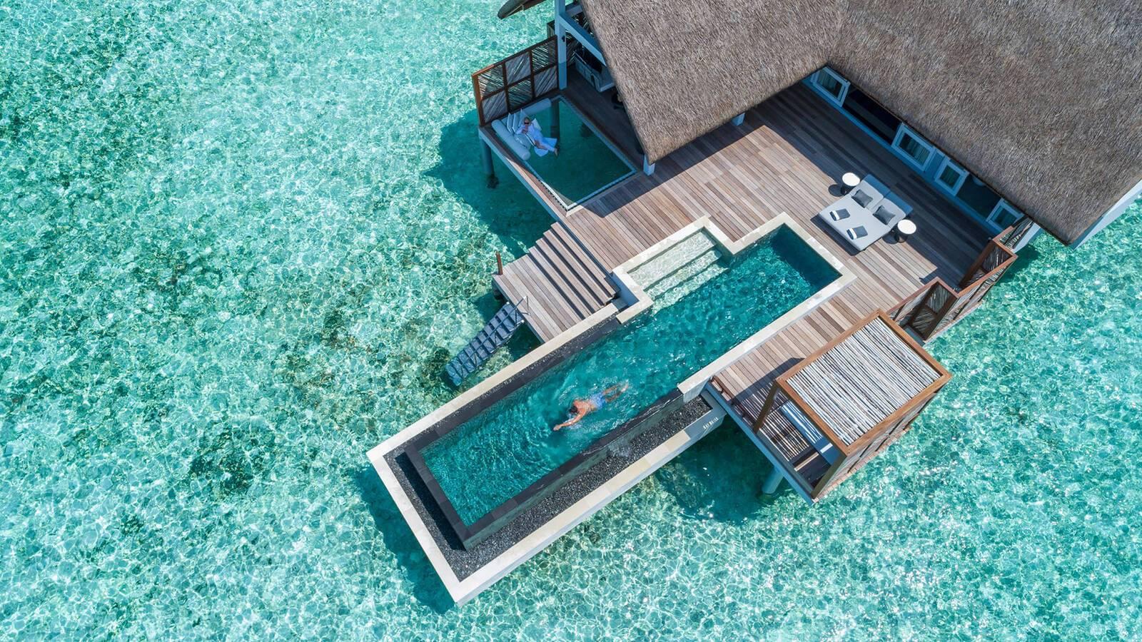 Four Seasons Landaa Giraavaru Maldives Water Villa Vue