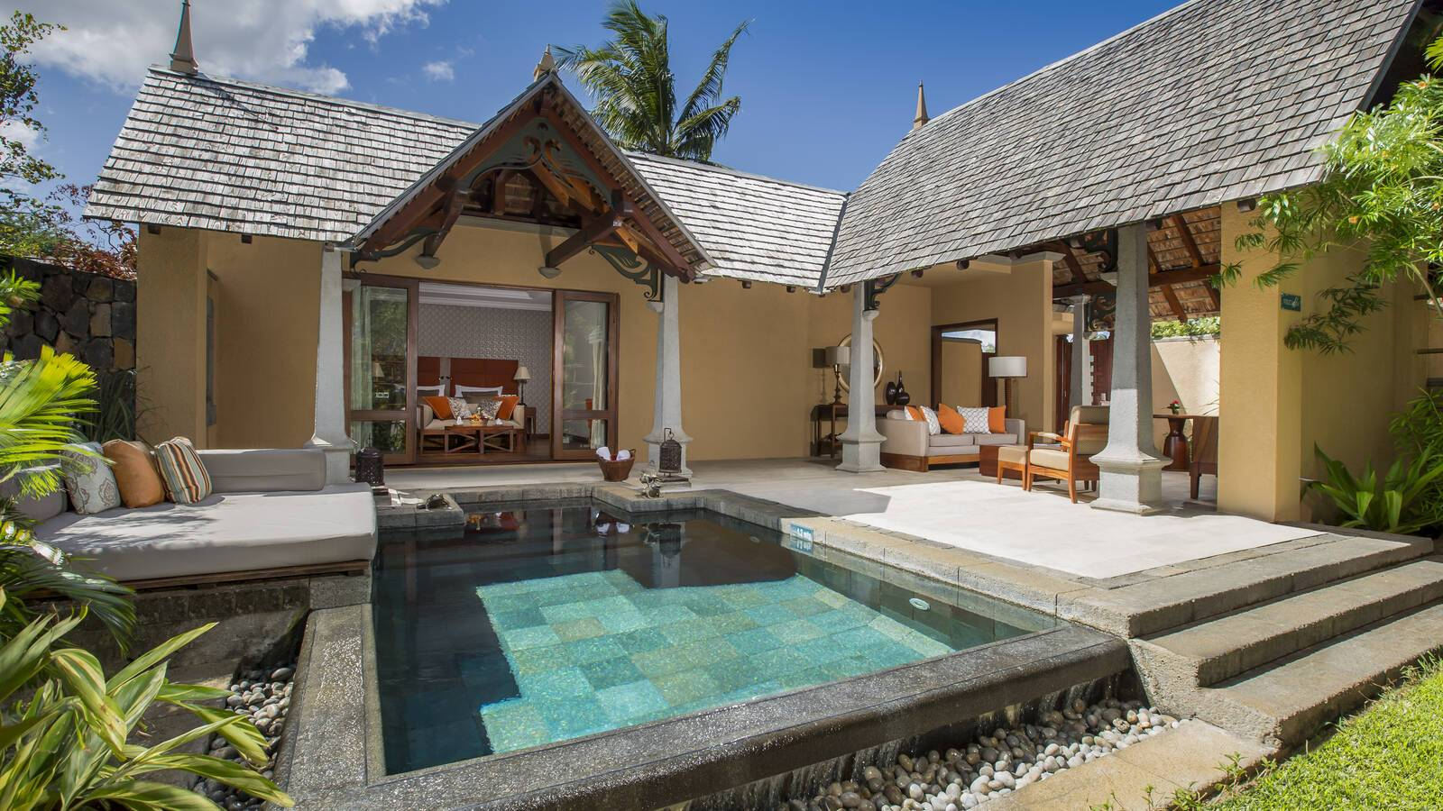Maradiva Villas Maurice luxury suite piscine exterieur
