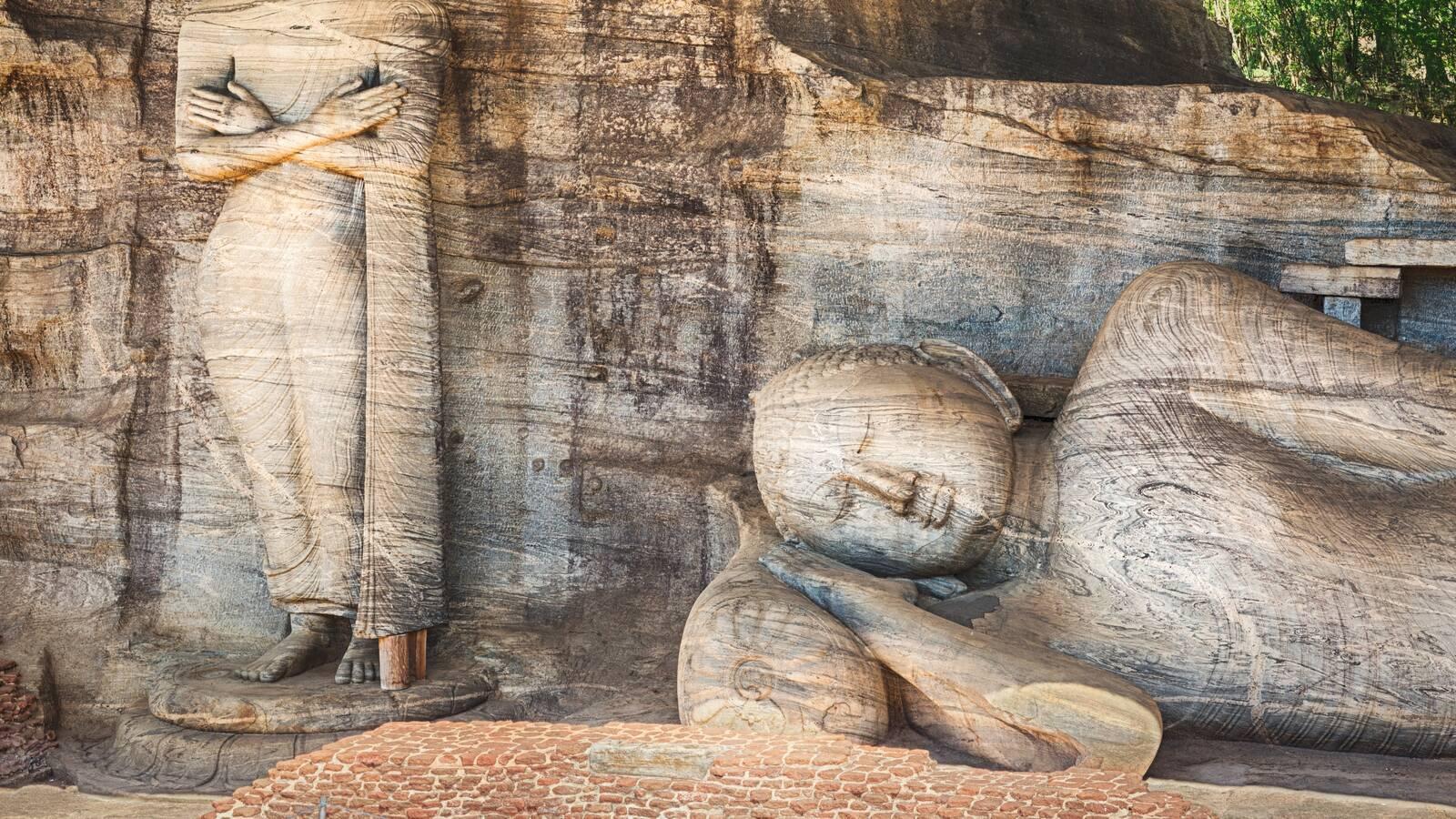 Polonnaruwa Rock Temple Sculpture Circuit Sri Lanka