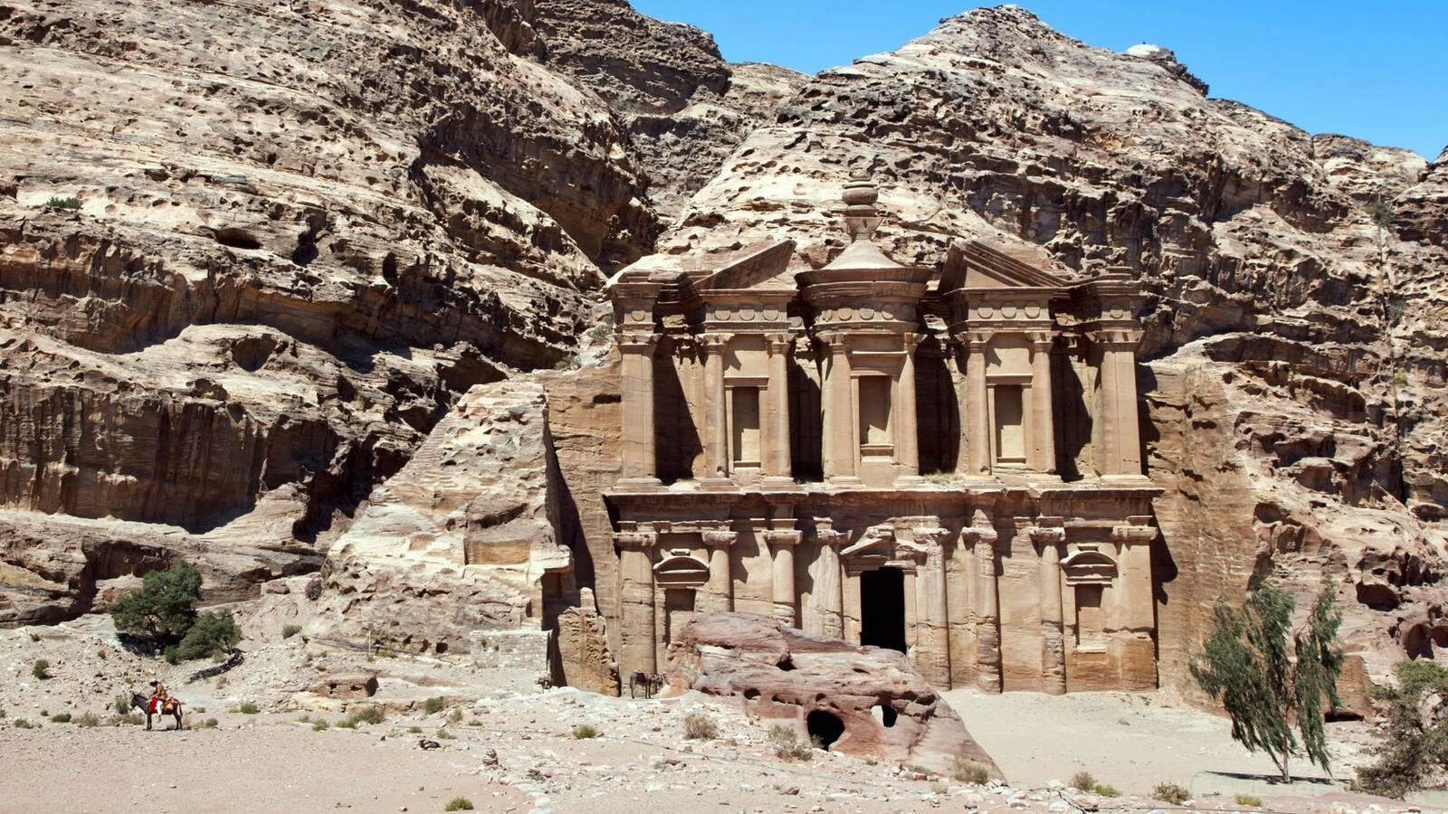 Petra Cite Antique Desert Jordanie JordanTourismBoard