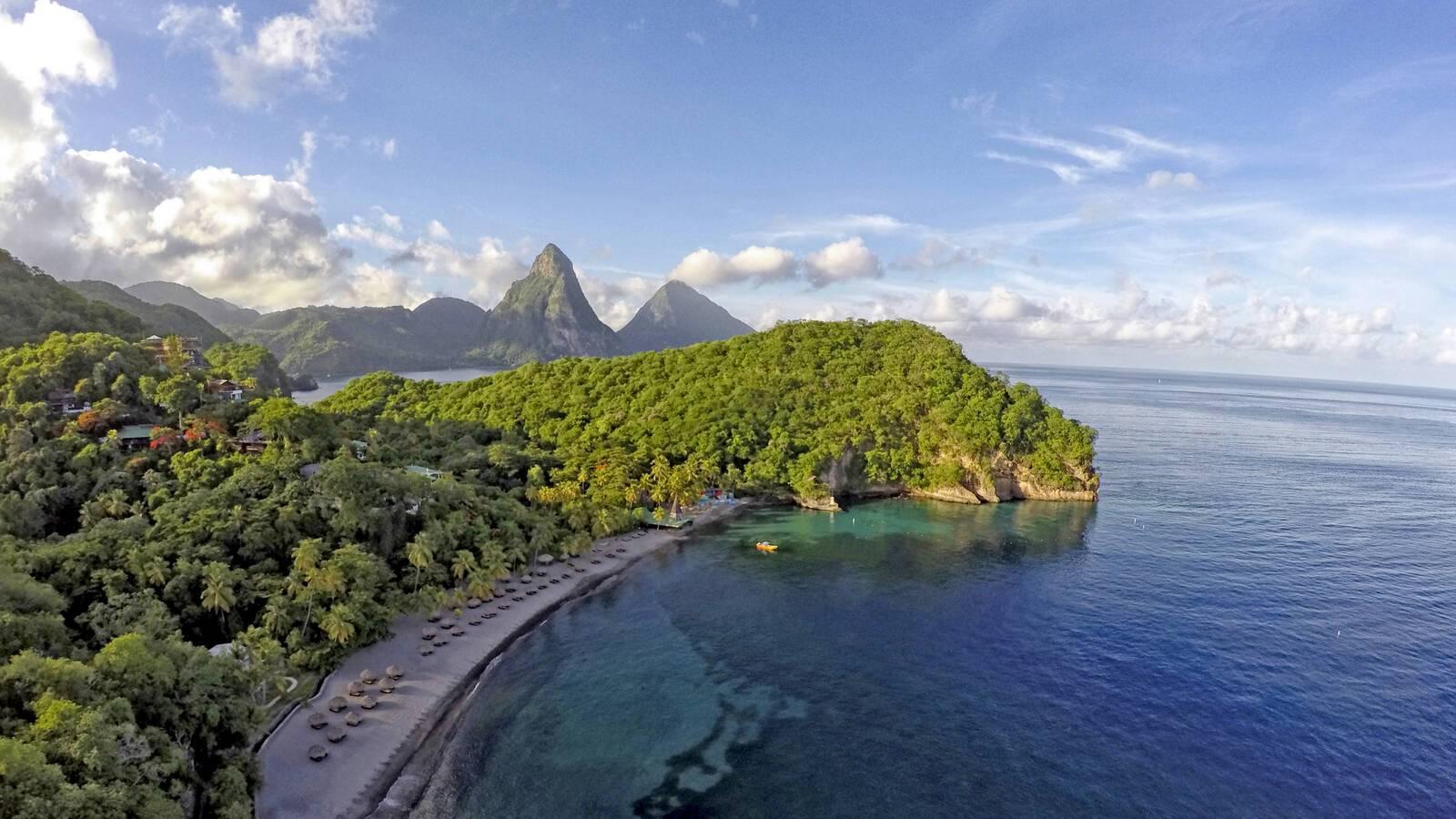 Jade Mountain Sainte Lucie vue aerienne