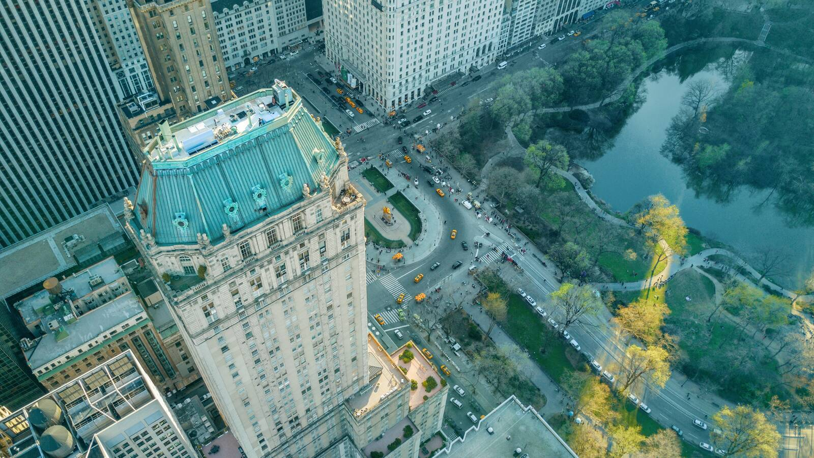 The Pierre New York vue