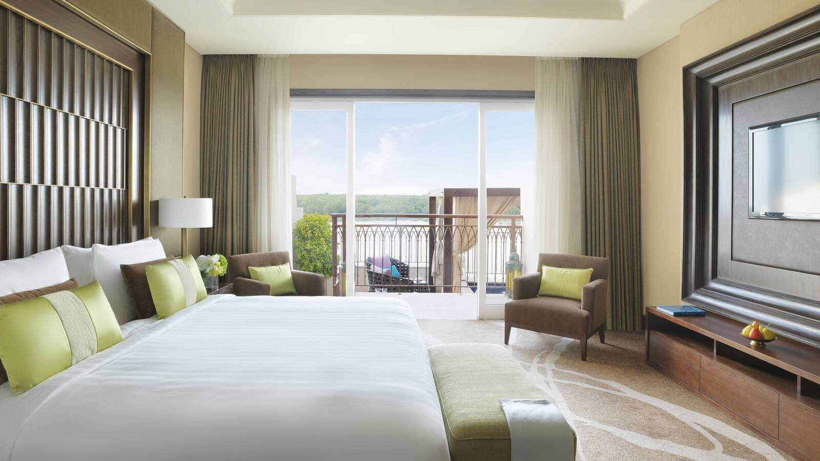 Anantara Eastern Mangroves Abu Dhabi pool suite chambre