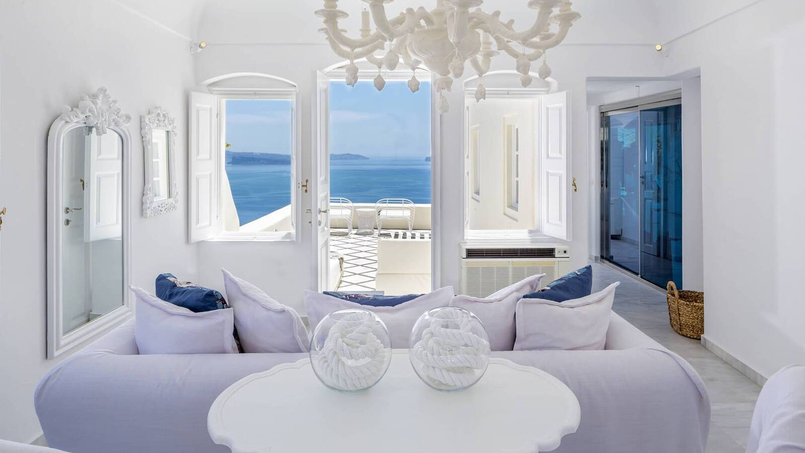 Canaves Oia Suites Santorin Presidential Suite