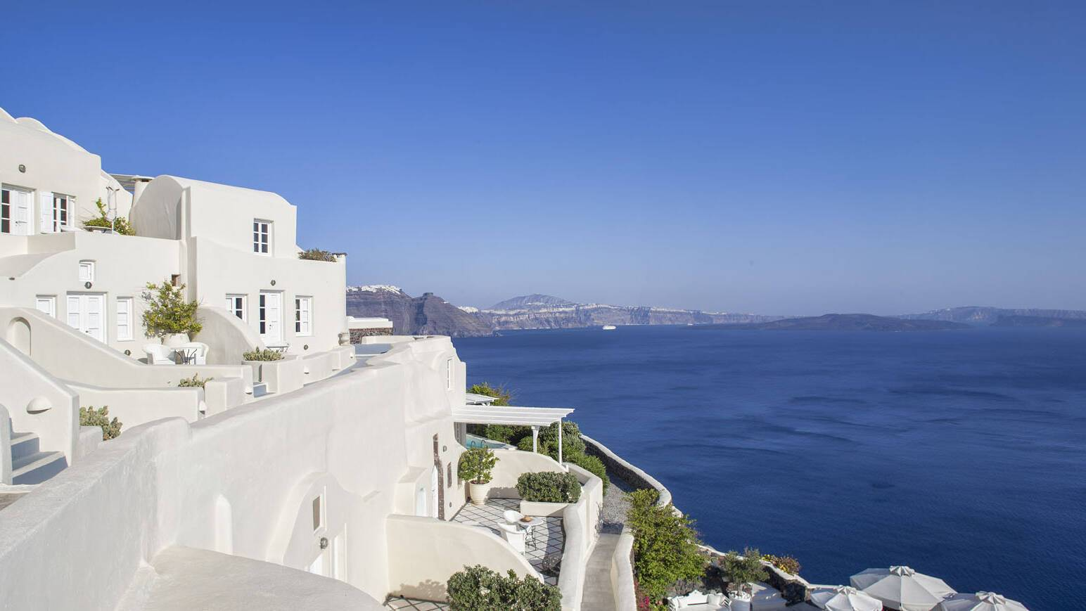 Canaves Oia Suites Vue Hotel