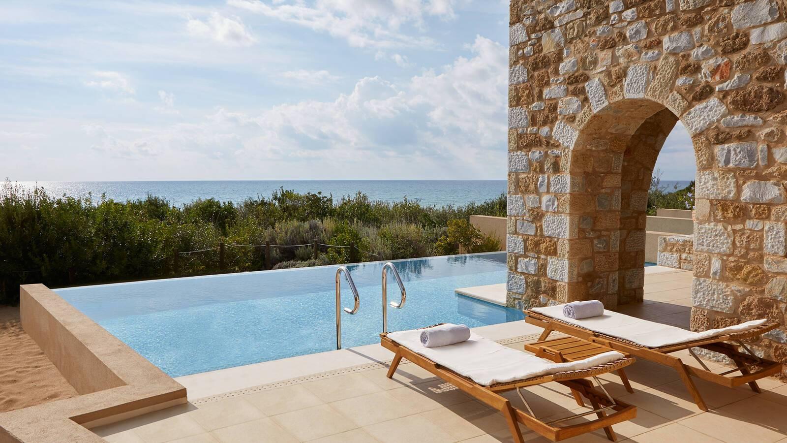 Costa Navarino Peloponnese Infinity Suite Piscine