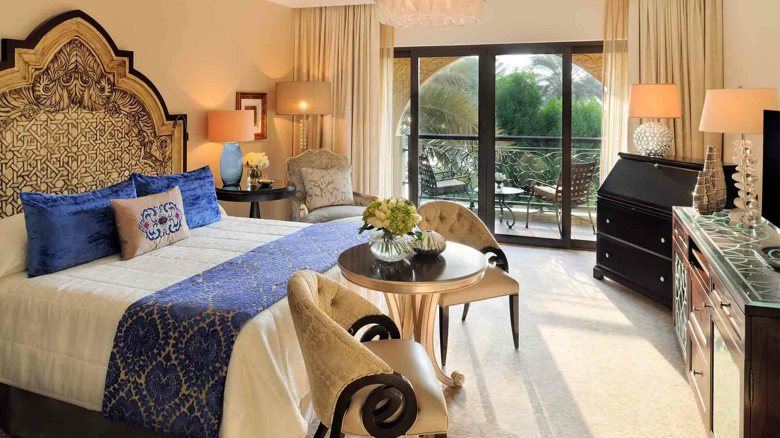 One And Ony Royal Mirage Arabian Court Deluxe Room Dubai