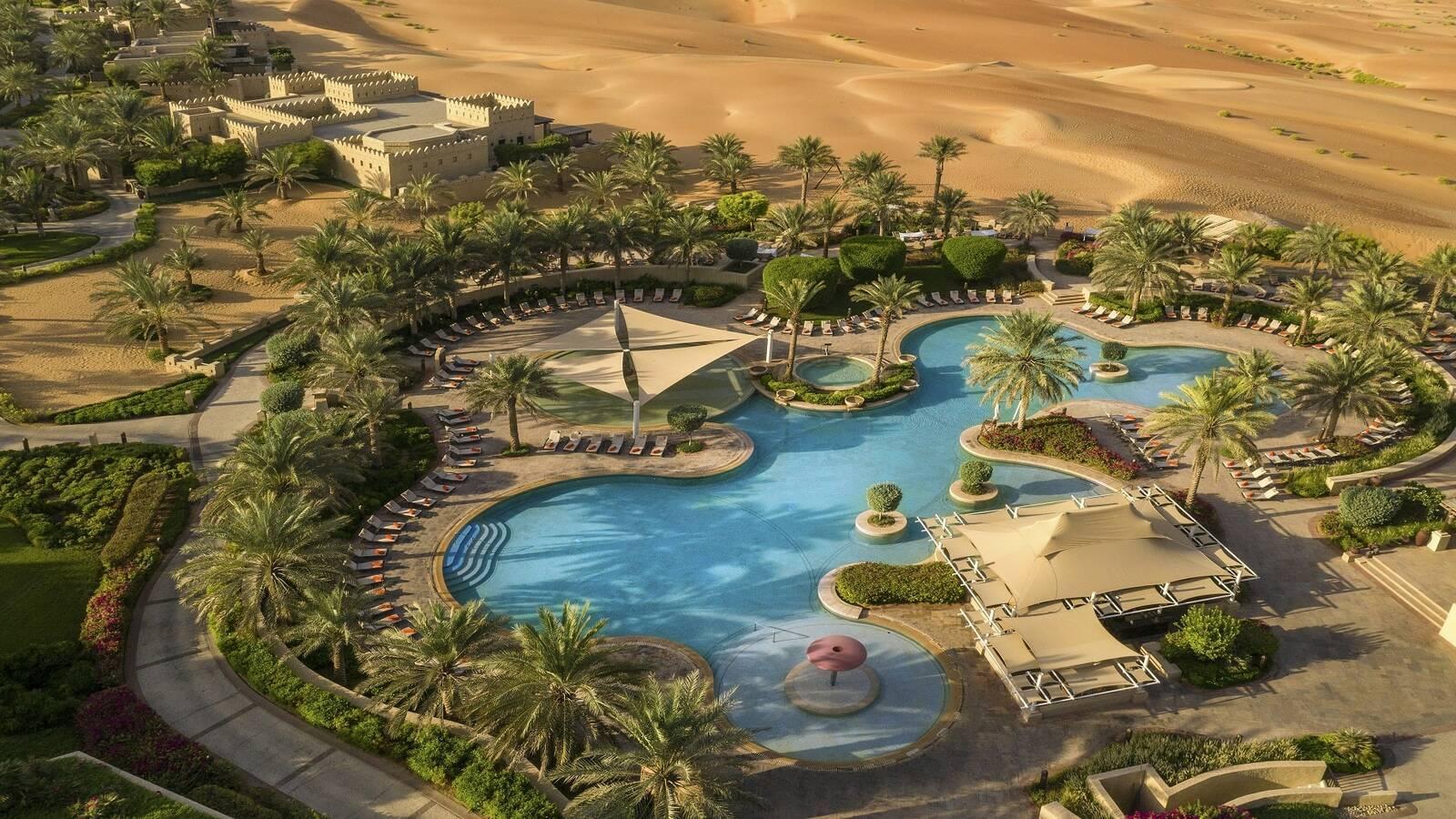 Abu Dhabi Anantara Qasr al Sarab Desert Piscine