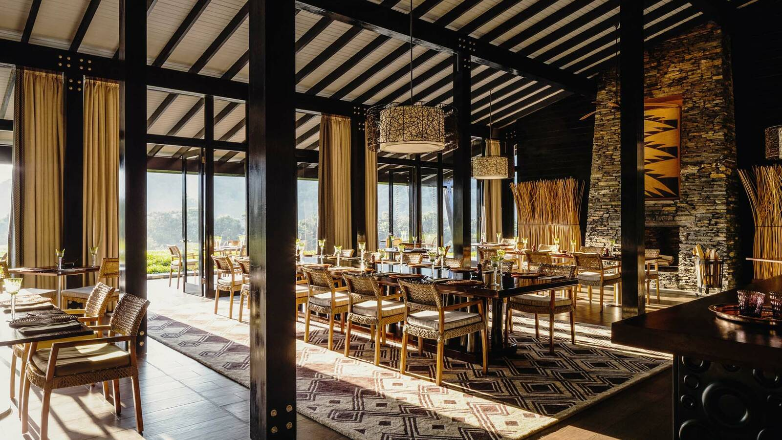 Rwanda OneandOnly NyungweHouse_Dining Room