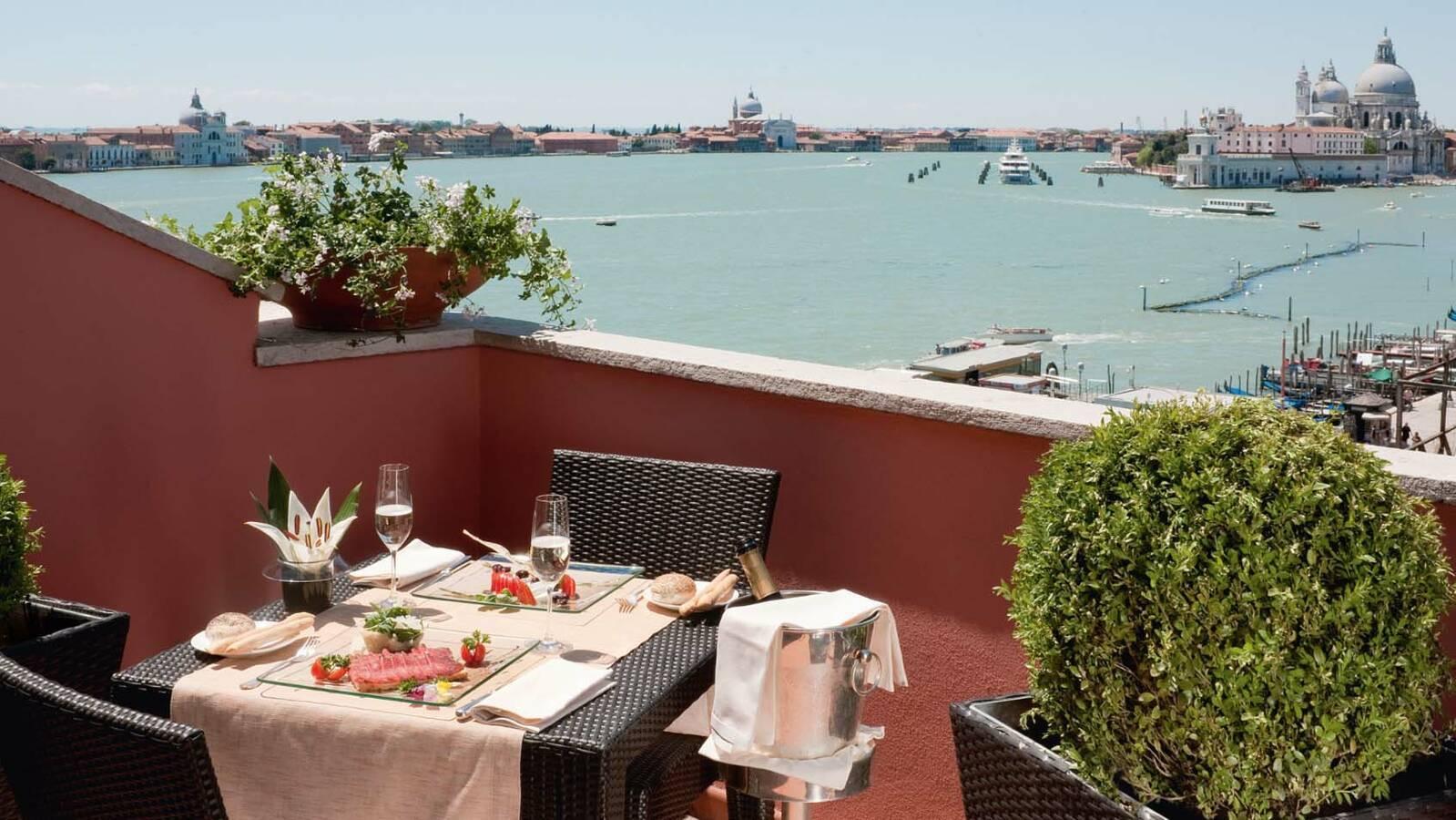 Venise Londra Palace repas avec vue