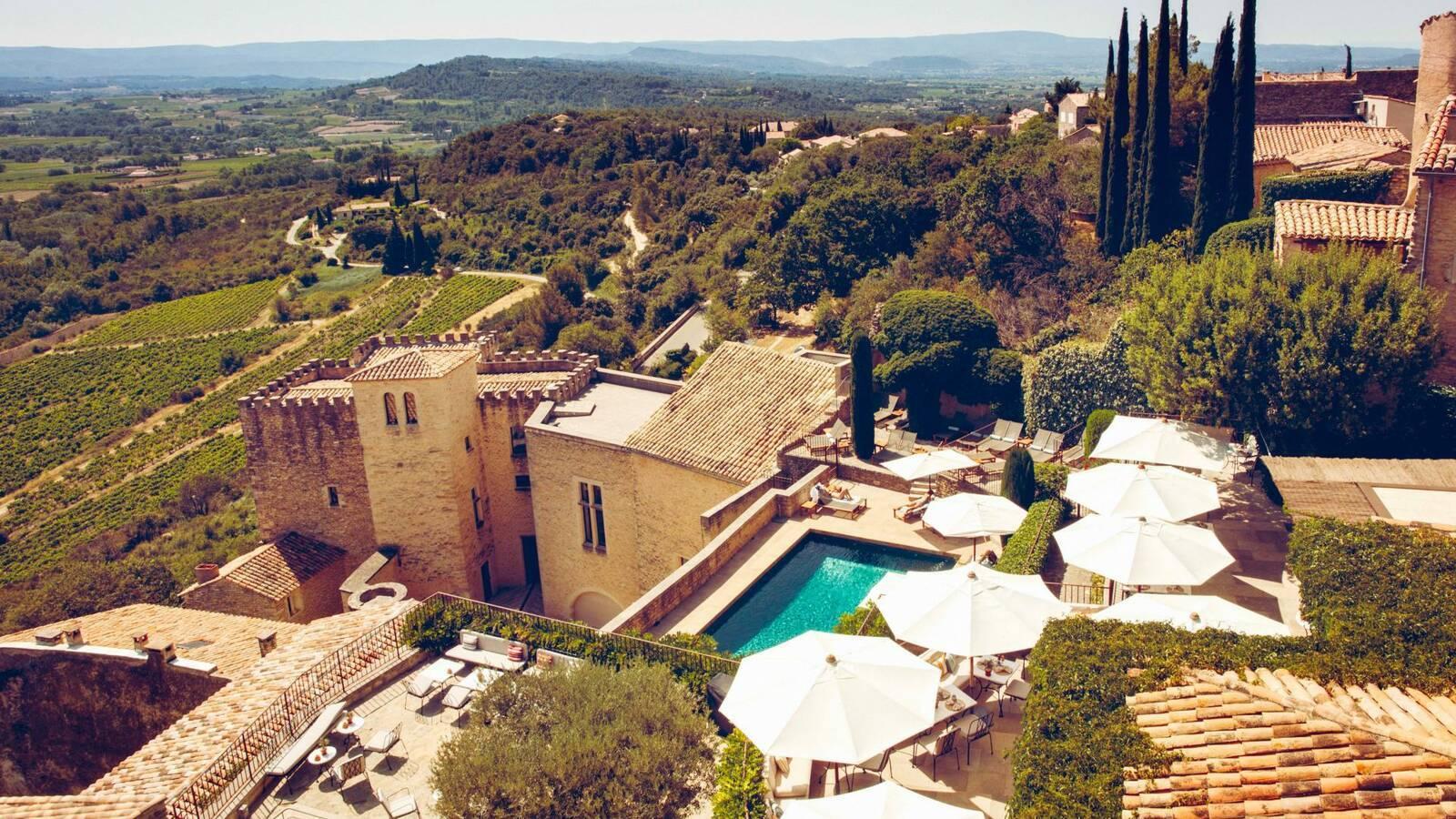 Hotel crillon le brave hotel Vue Provence Maisons Pariente