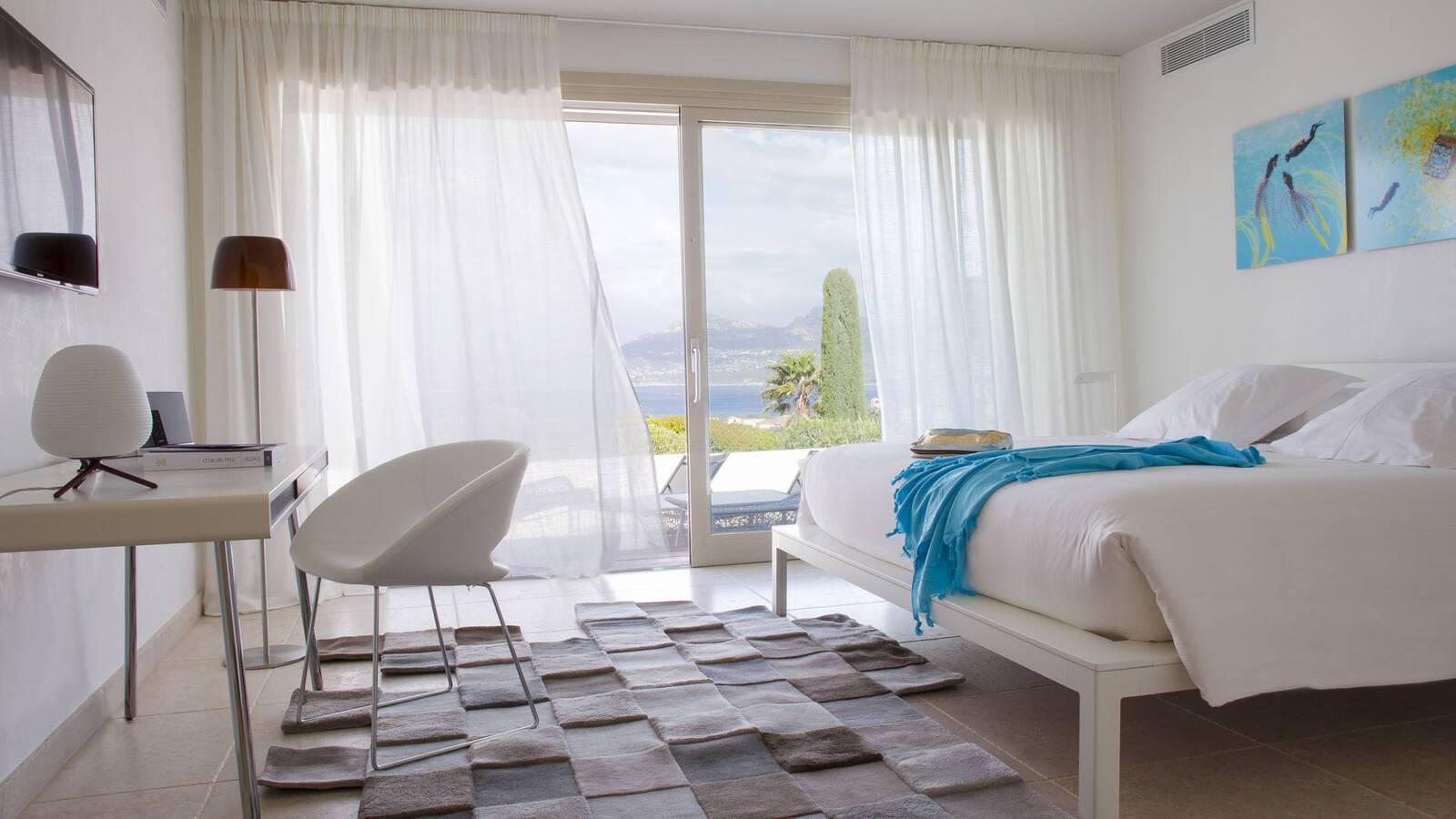 Corse Villa Calvi Chambre
