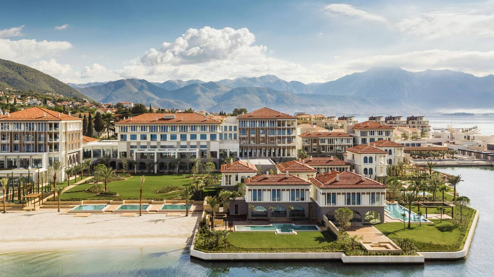 One And Only Portonovi Montenegro Vue