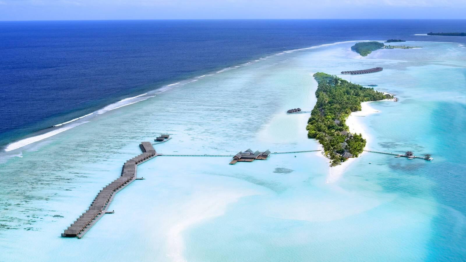 Lux South Ari Atoll Vue Aerienne