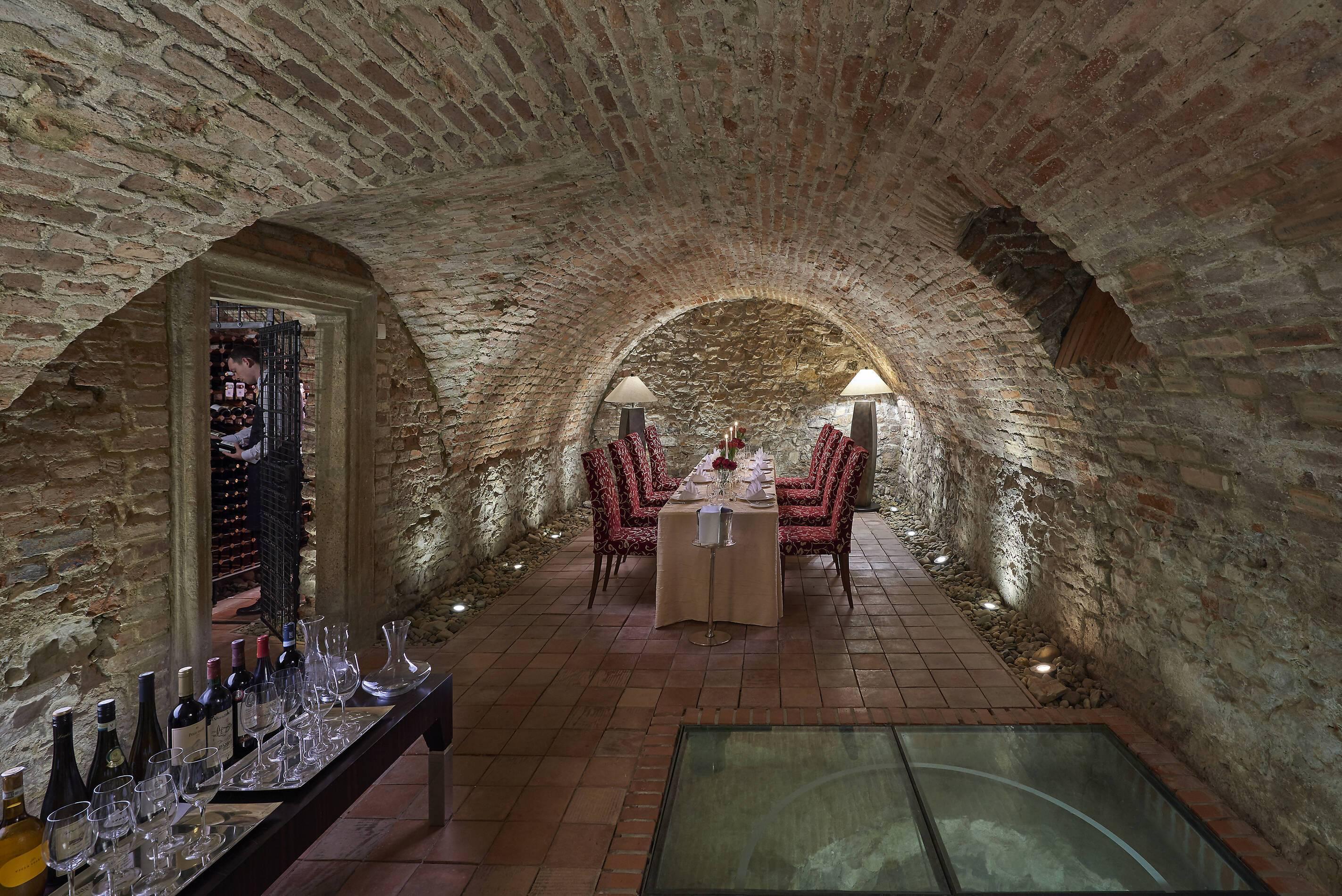 Mandarin Oriental Cave Prague