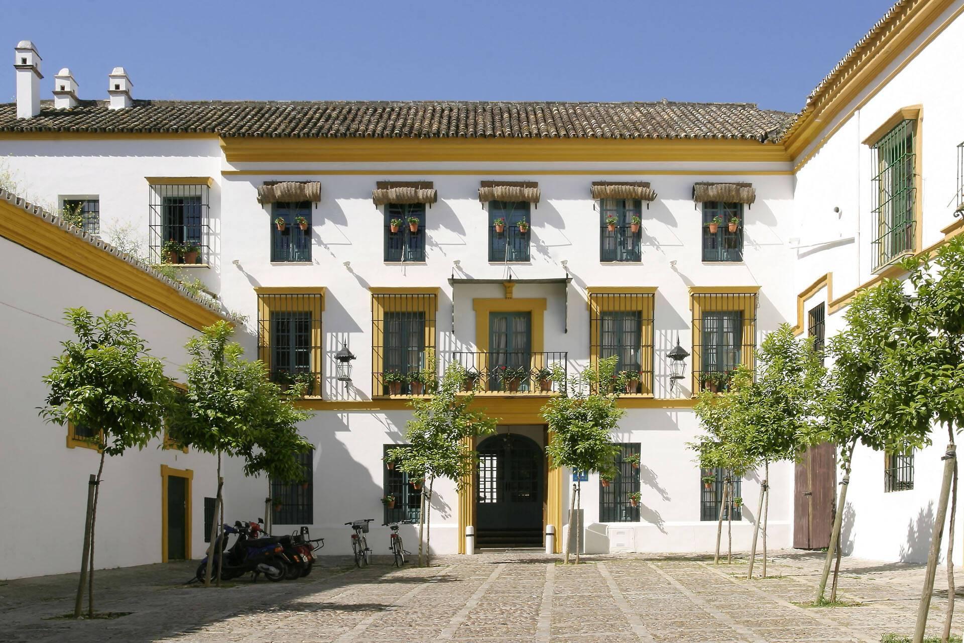 Hotel Hospes Casas Rey Baeza Seville Patio
