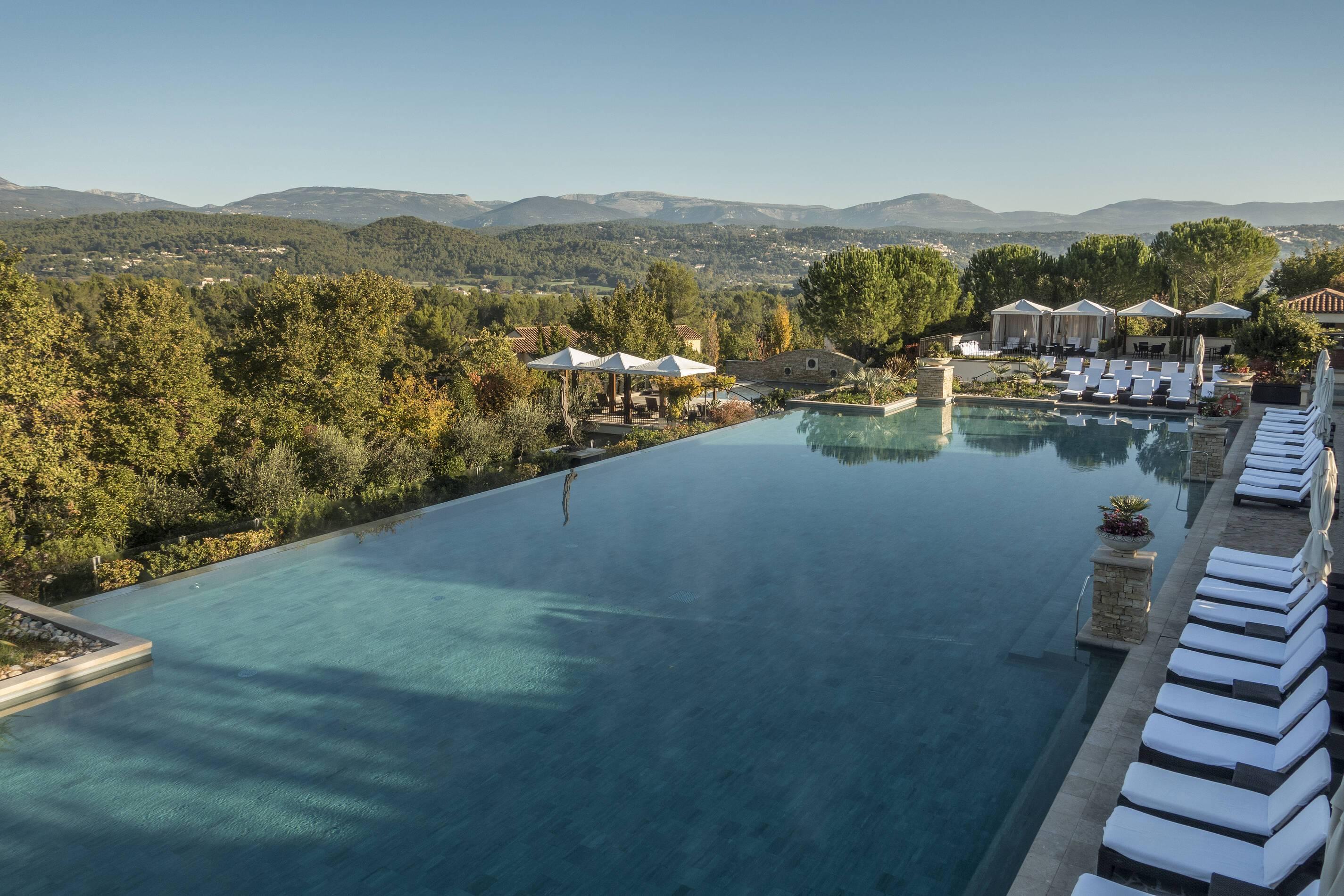 Terre Blanche Piscine Provence