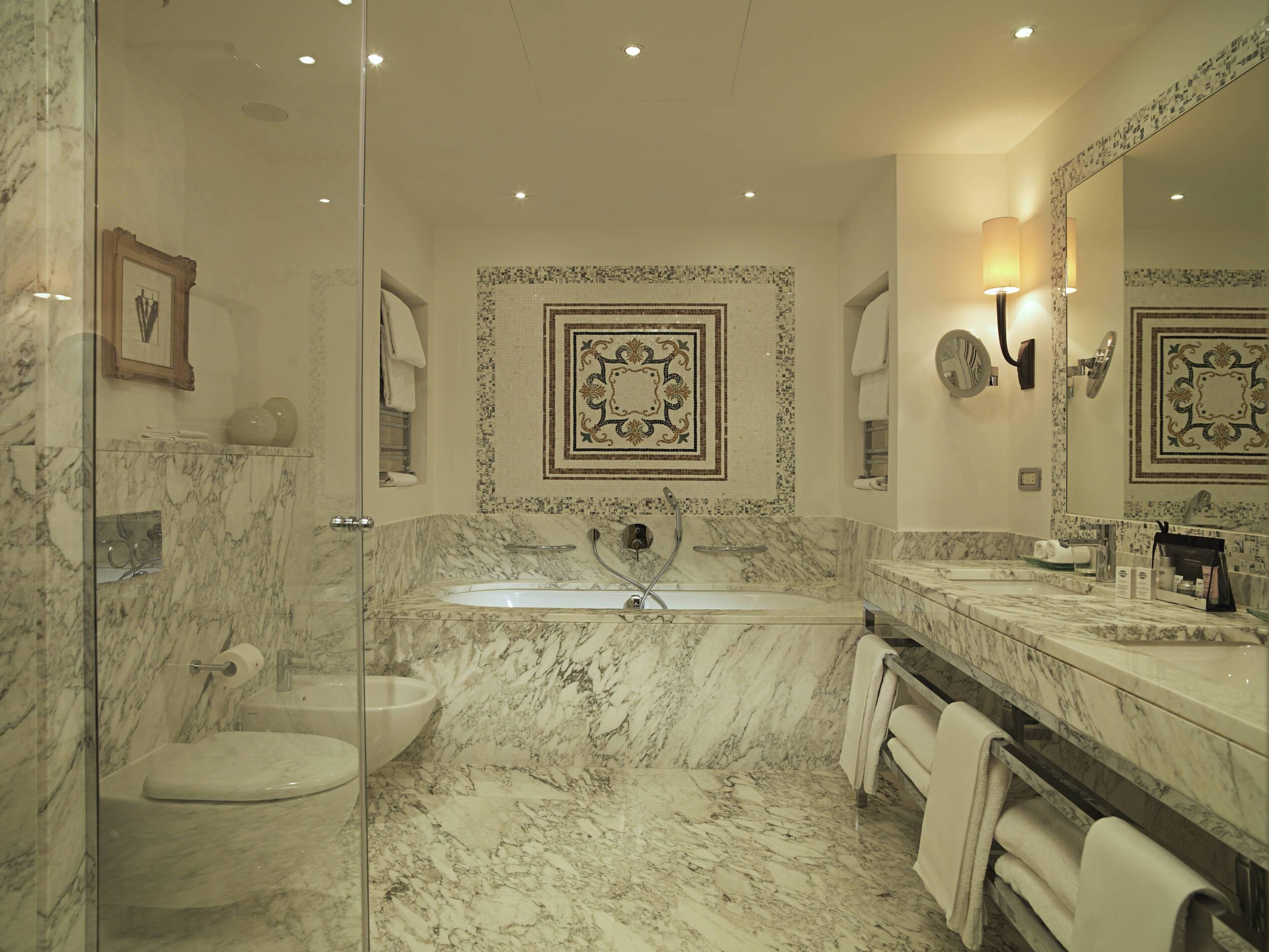 Savoy Florence Rocco Forte Suite Salle de bains