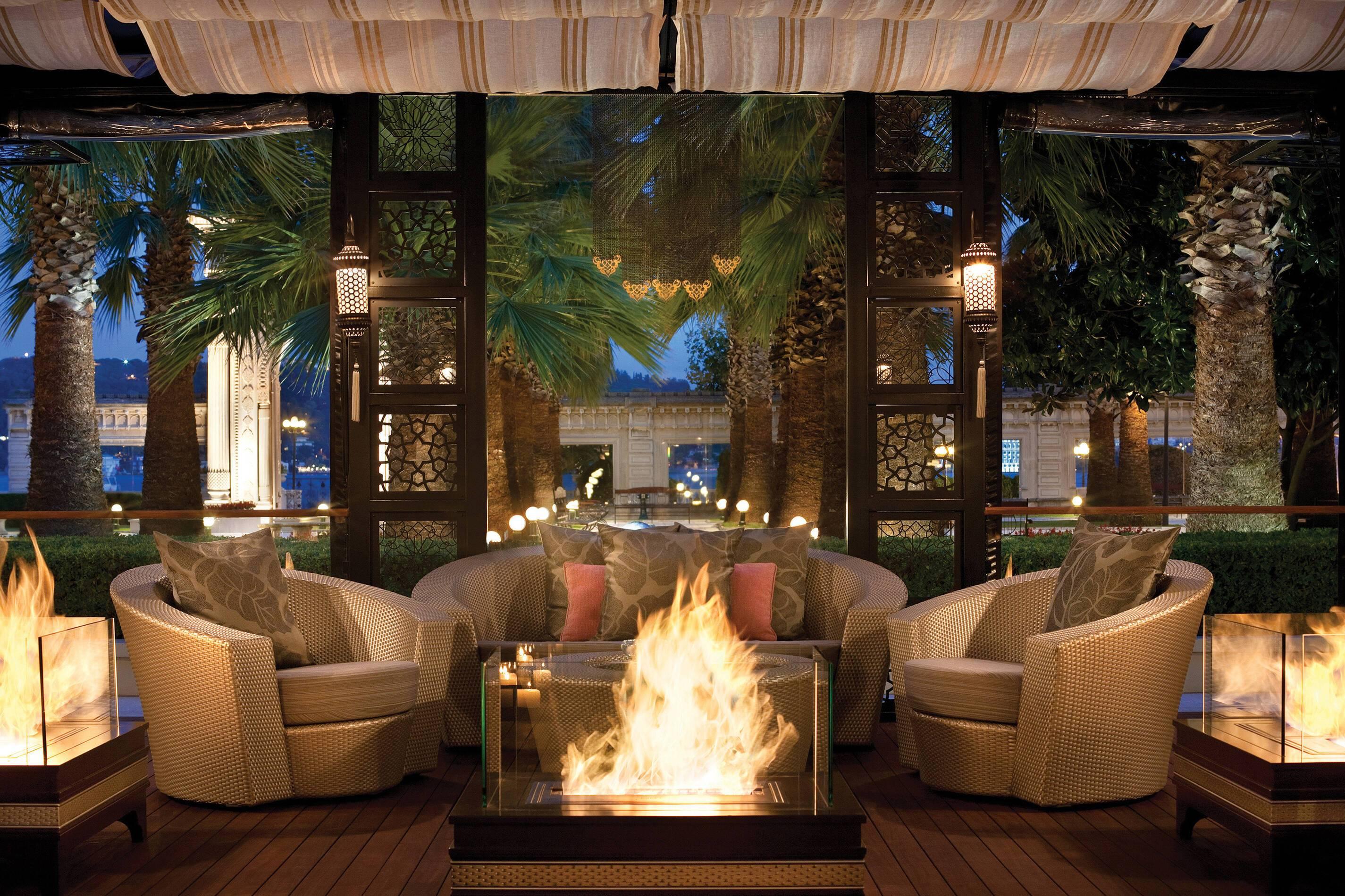 Ciragan Palace Lounge Le Fumoir Turquie