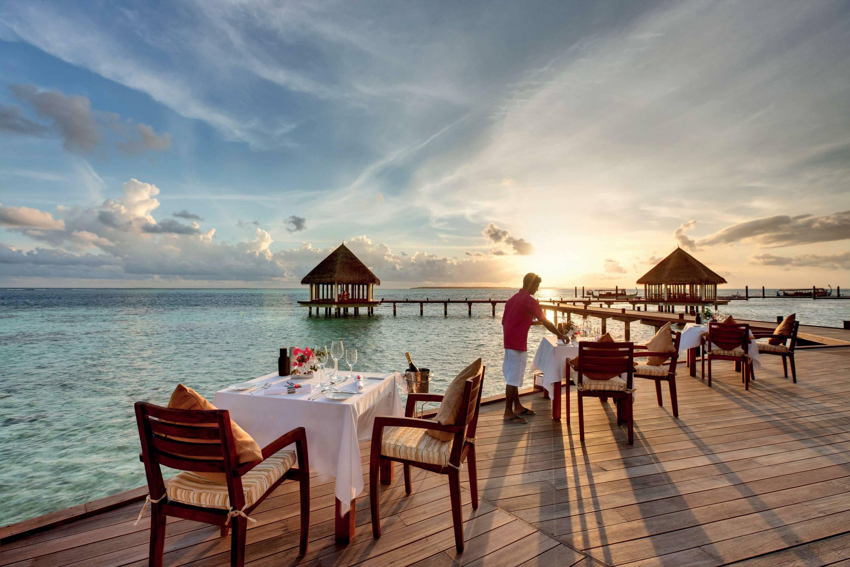 Hideaway Beach Restaurant Matheefaru Terrasse Maldives
