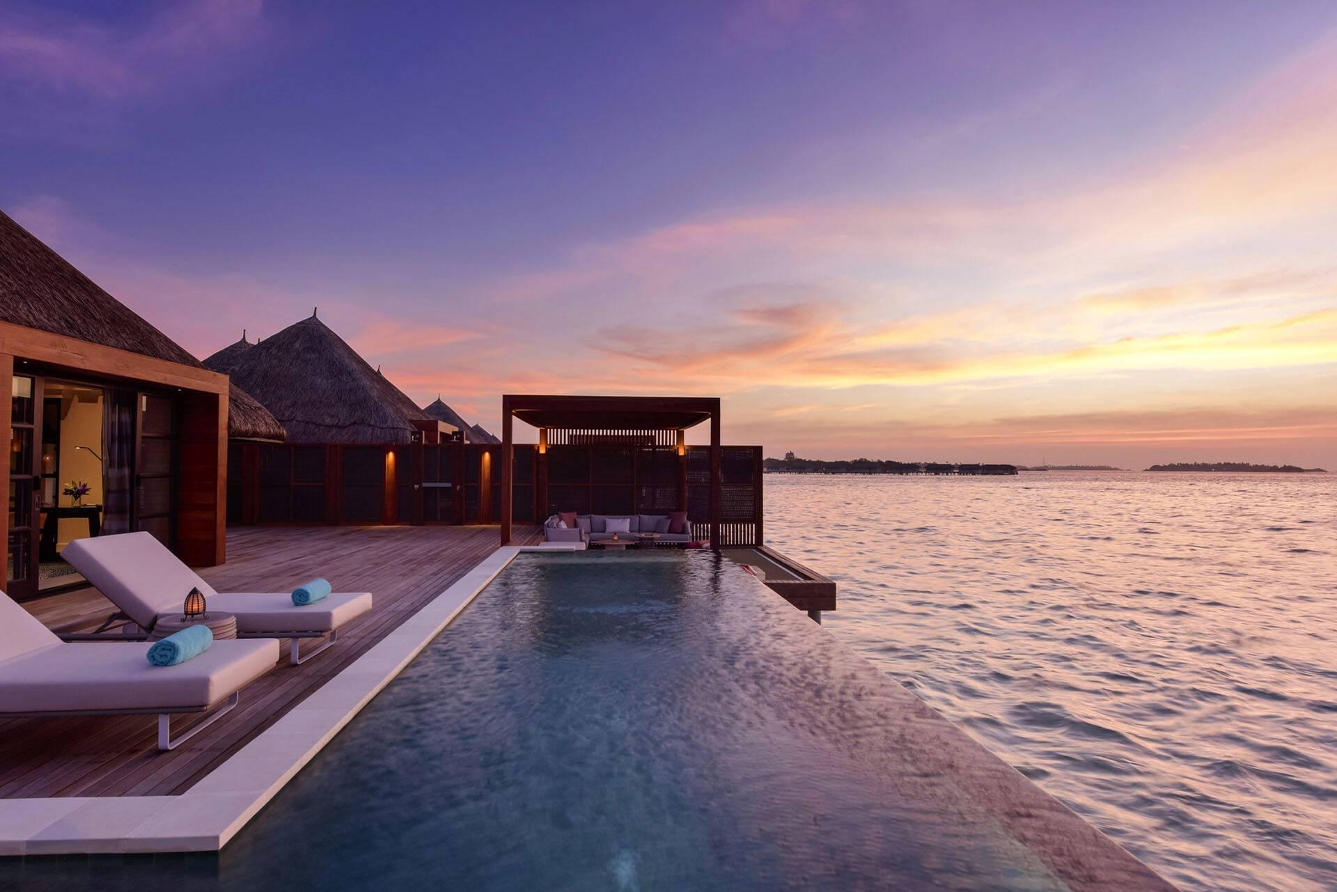 Four Seasons Kuda Huraa Maldives Hebergement Piscine