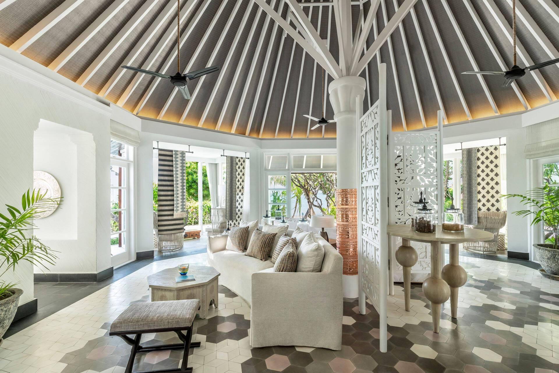 Four Seasons Kuda Huraa Maldives Lobby