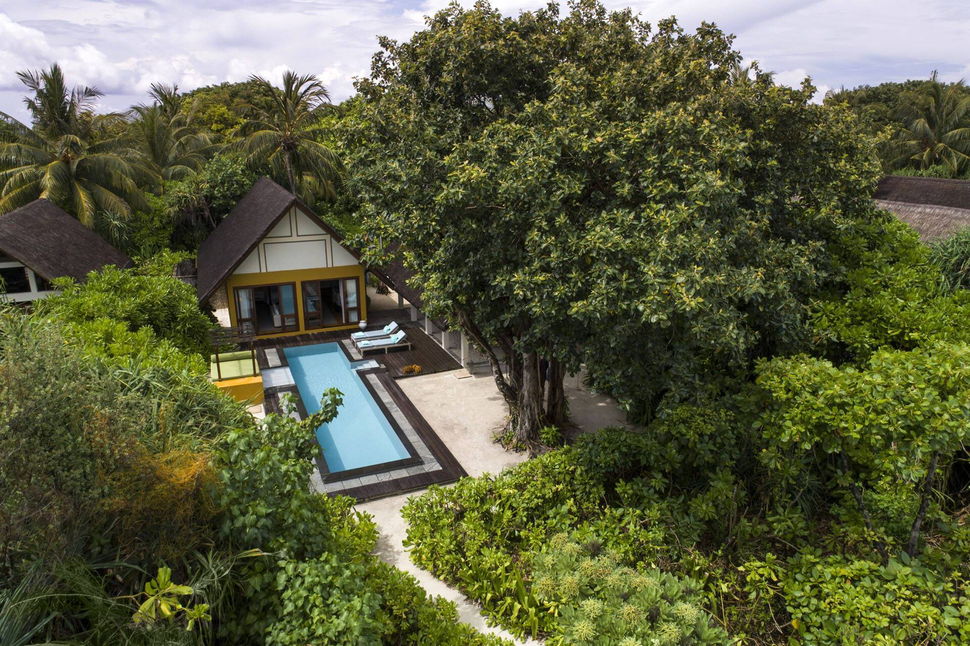 Four Seasons Landaa Giraavaru Maldives Villas Piscine