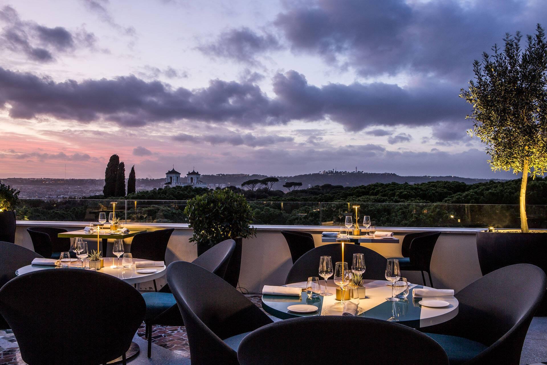 Sofitel Villa Borghese Rome Settimo Restaurant Terrasse Nuit