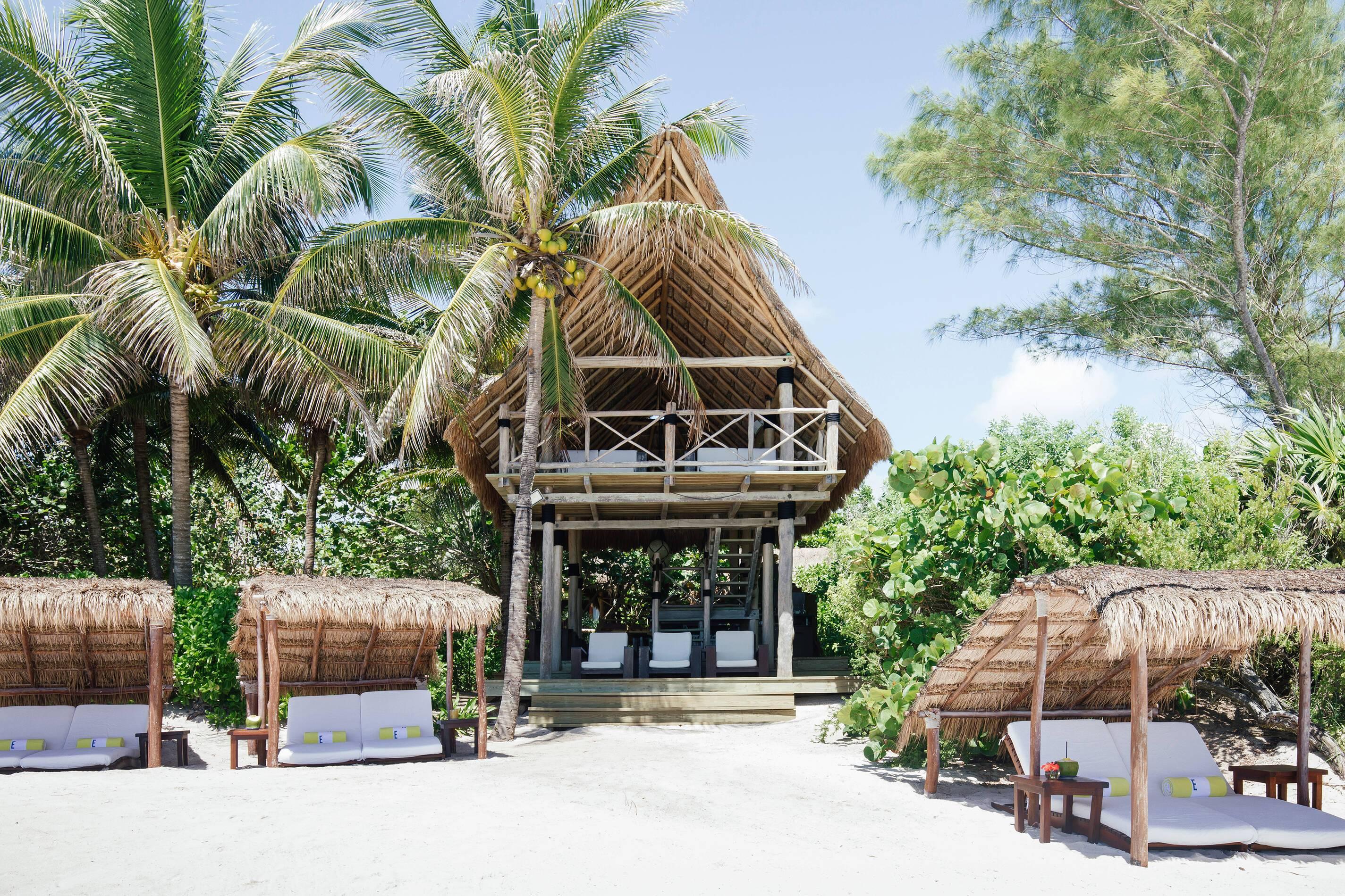 Esencia Mexique Beach Bar