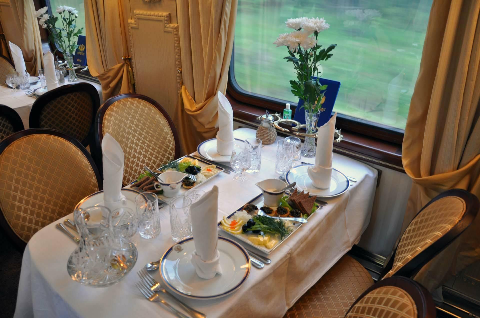 Transsiberien Golden Eagle Train Restaurant