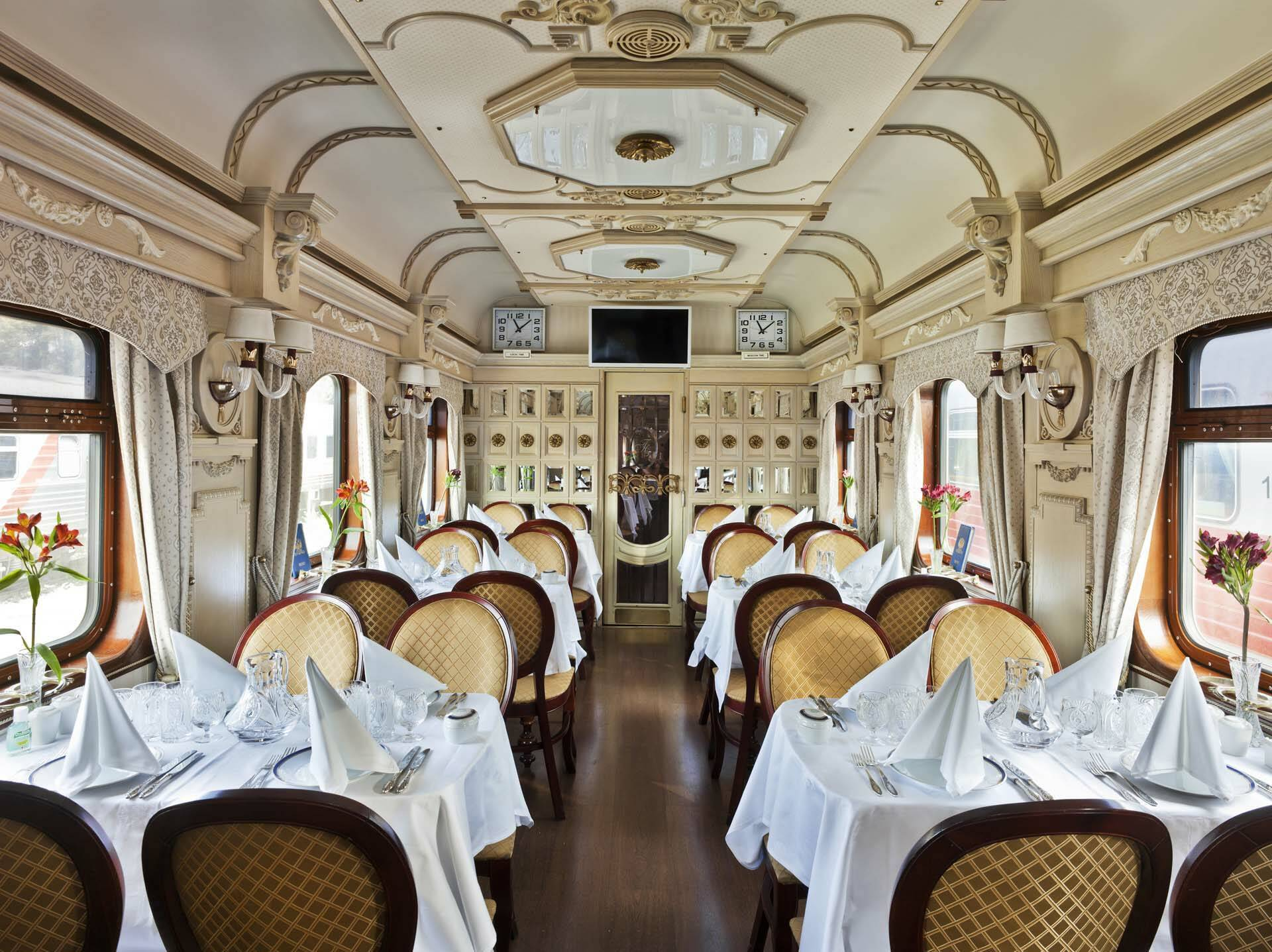Transsiberien Golden Eagle Train RestaurantCar1