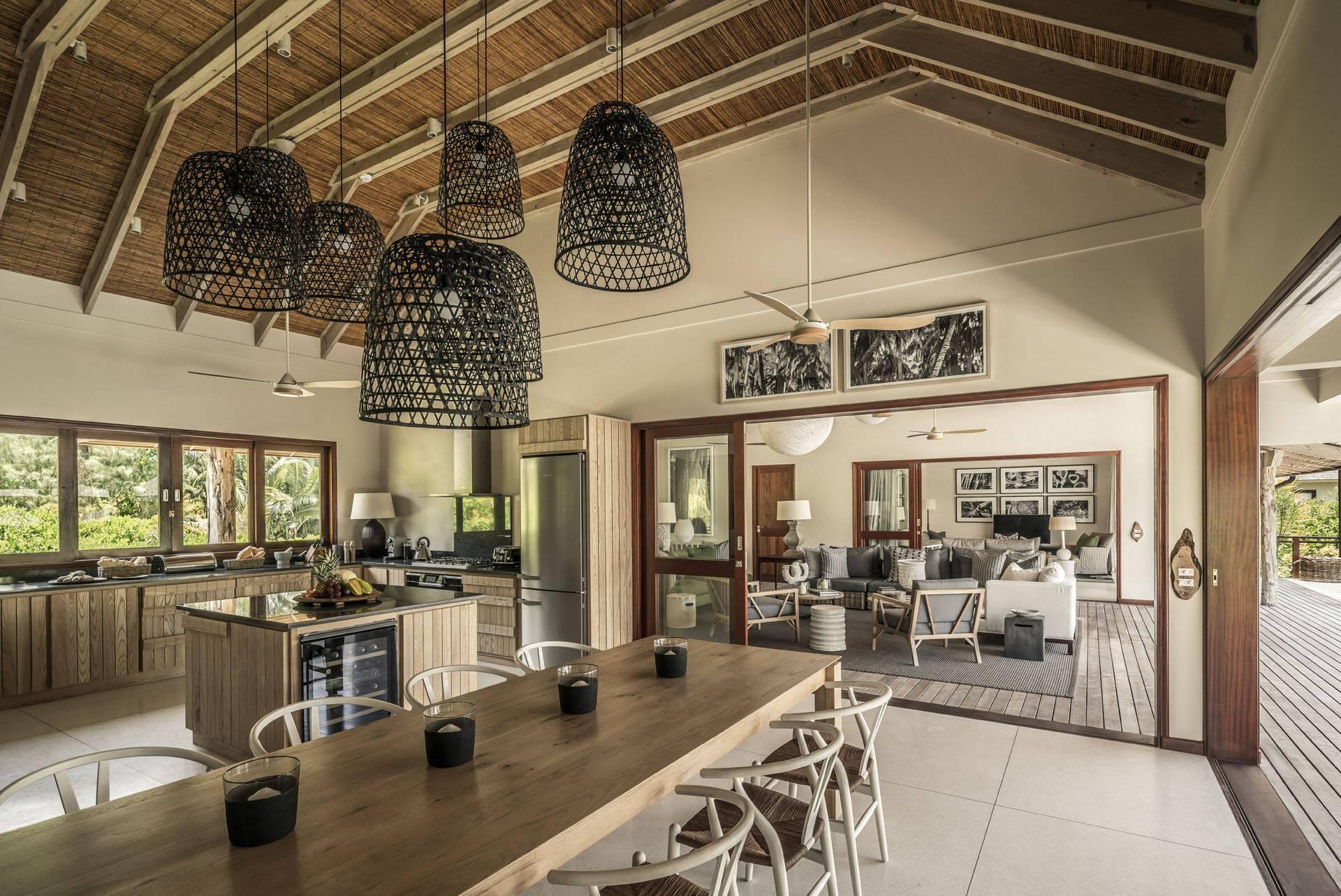 Four Seasons Desroches Villa