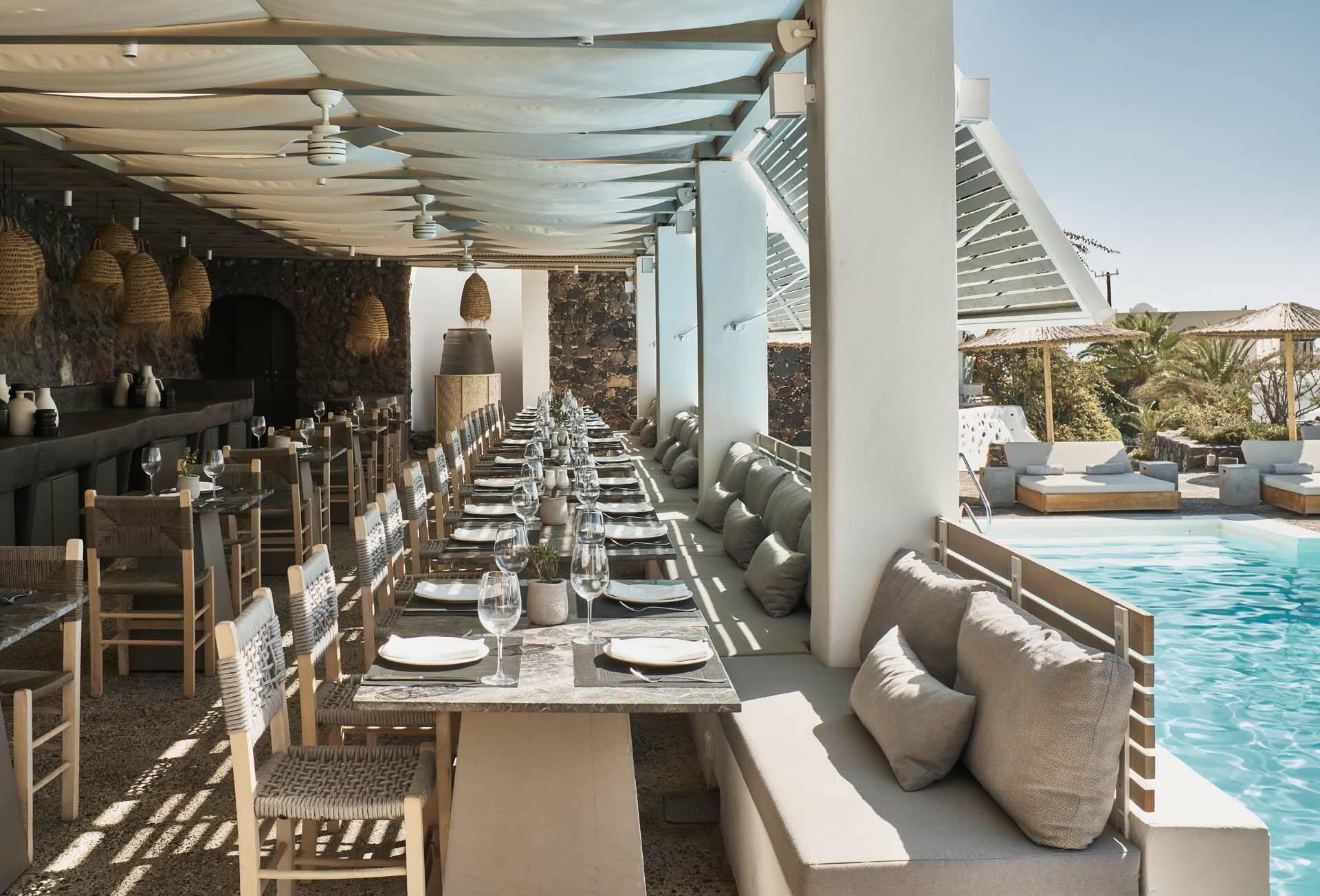 Vedema Santorin Pergola Restaurant