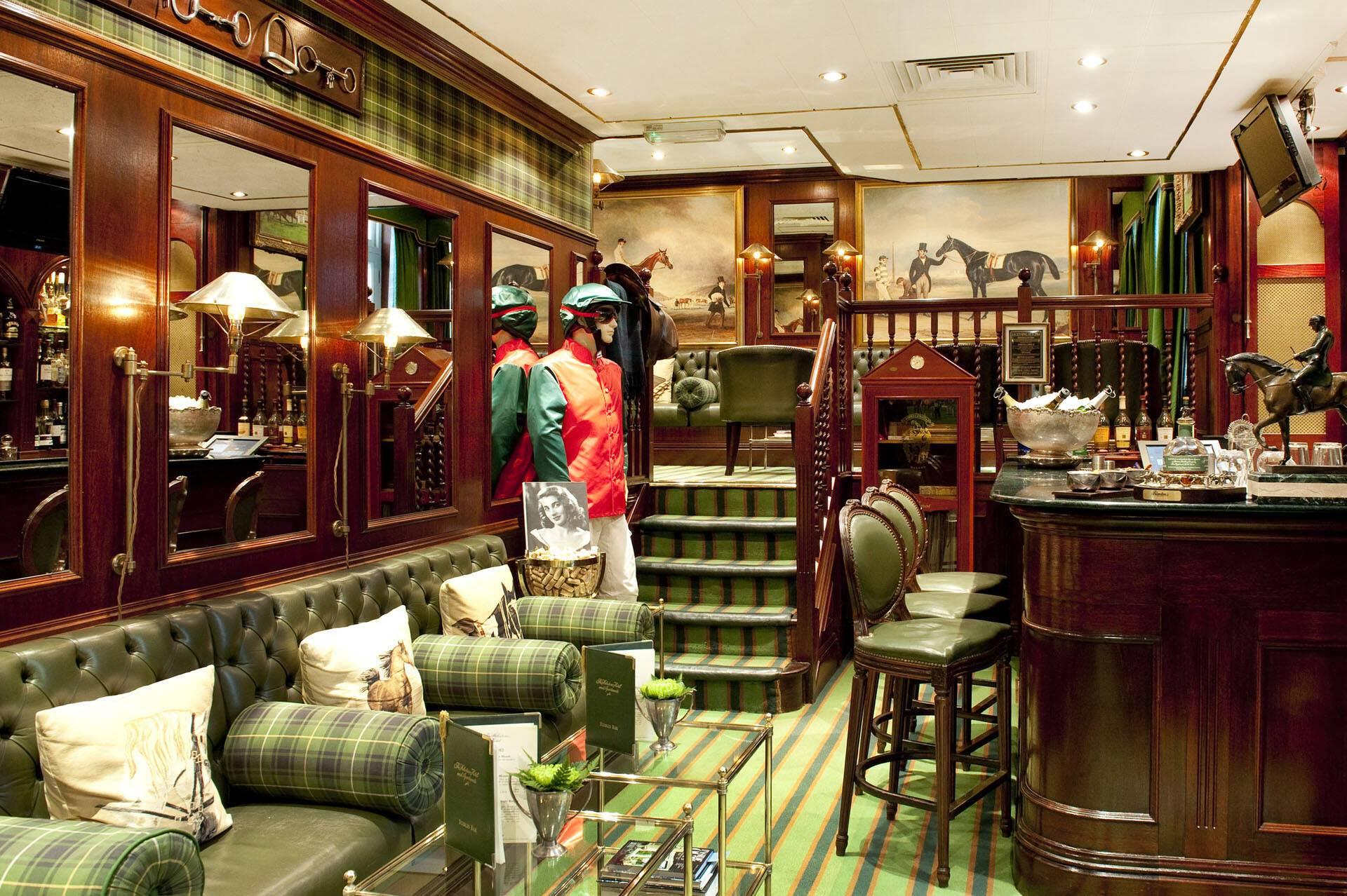 Milestone Londres Stables Bar