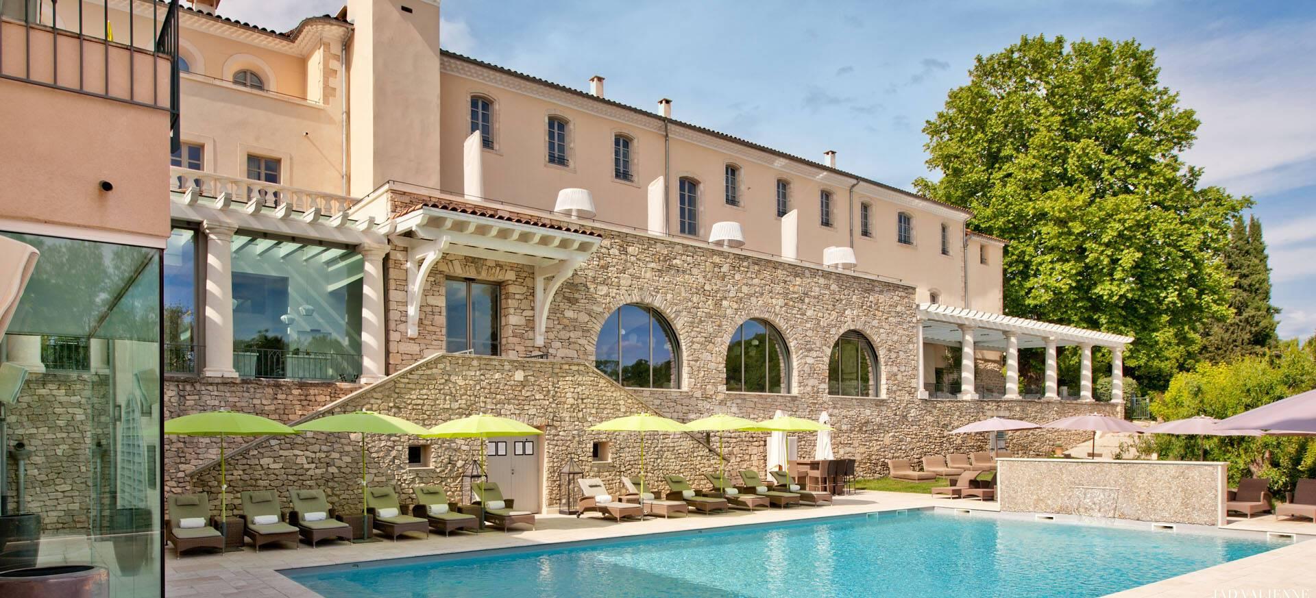 Couvent des Minimes Provence piscine exterieur