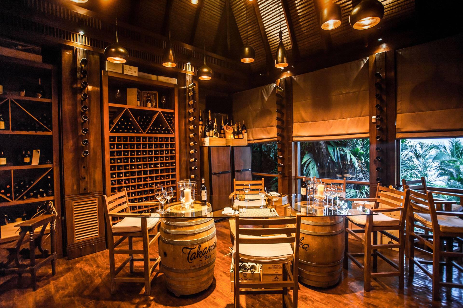Anantara Maia Seychelles Villa Diner Cellar
