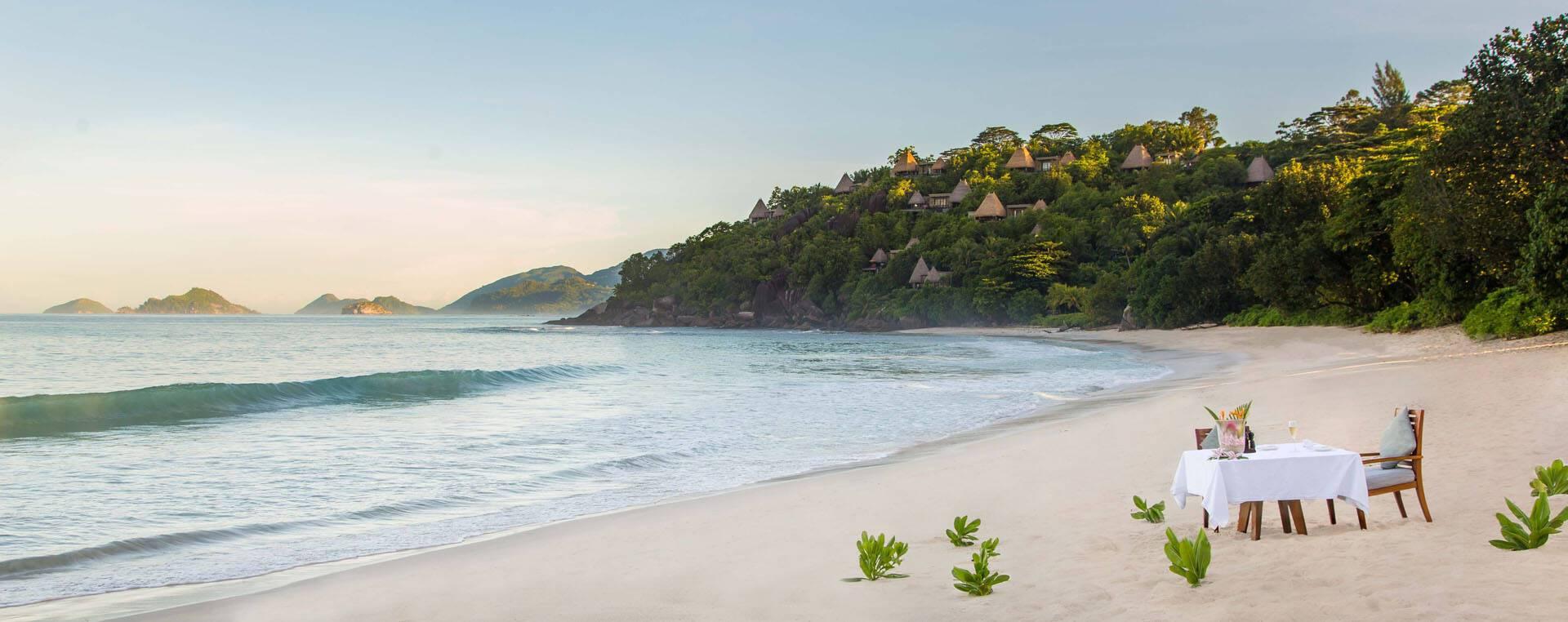 Anantara Maia Seychelles Villa Diner Romantique Plage