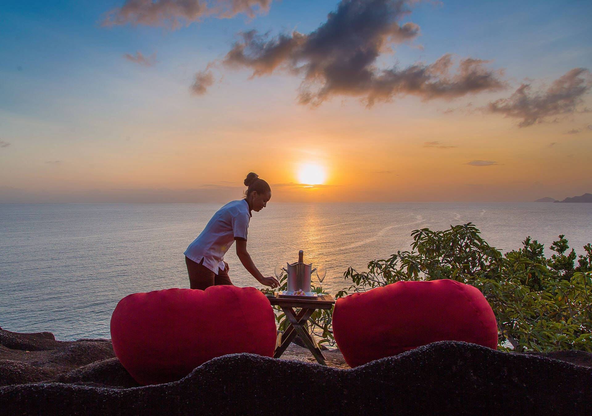 Anantara Maia Seychelles Villa Dining Sunset