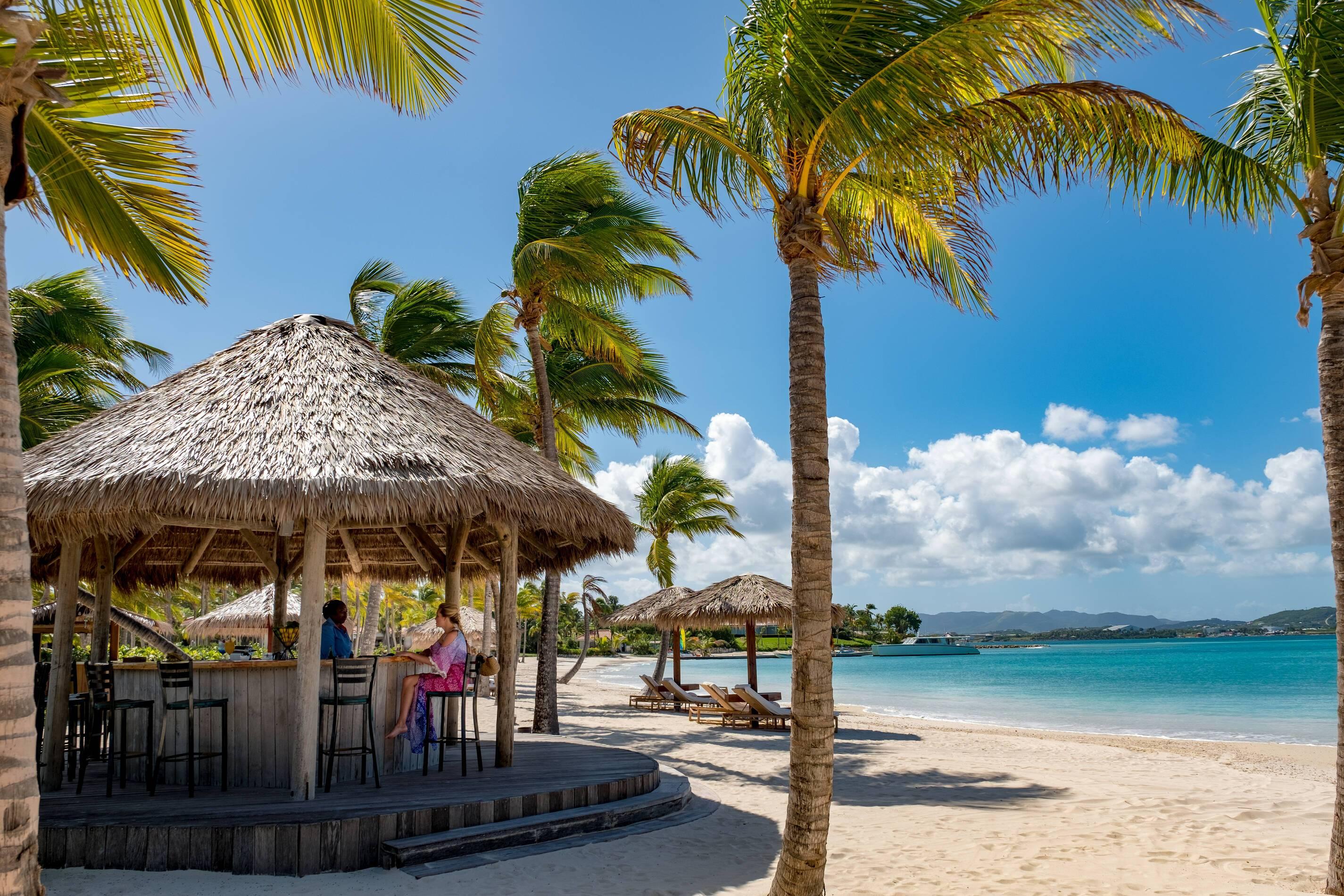 Jumby Bay Antigua et Barbuda beach bar