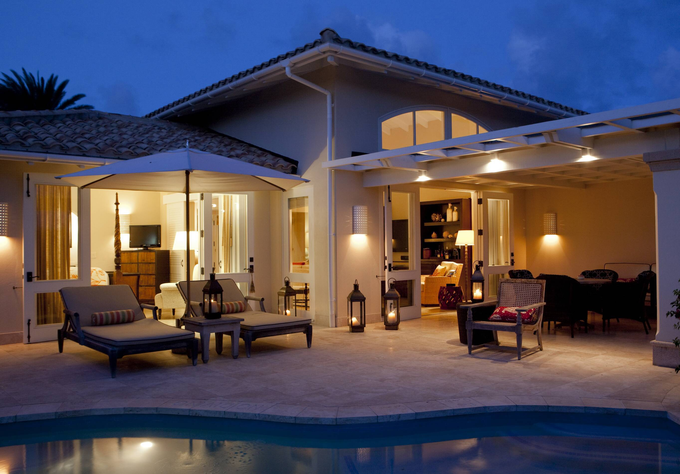 Jumby Bay Antigua et Barbuda pool suite terrasse