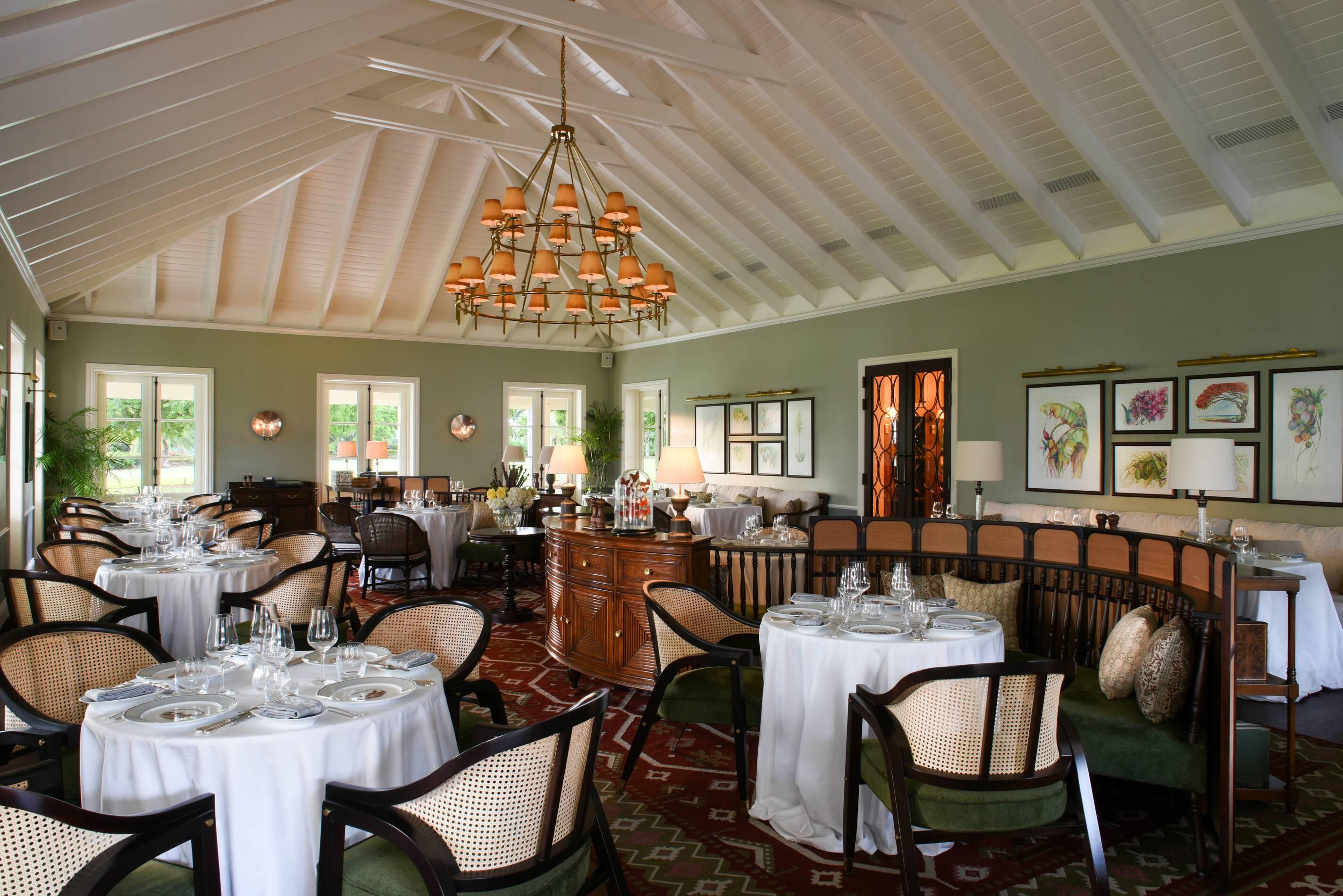 Jumby Bay Antigua et Barbuda restaurant estatehouse