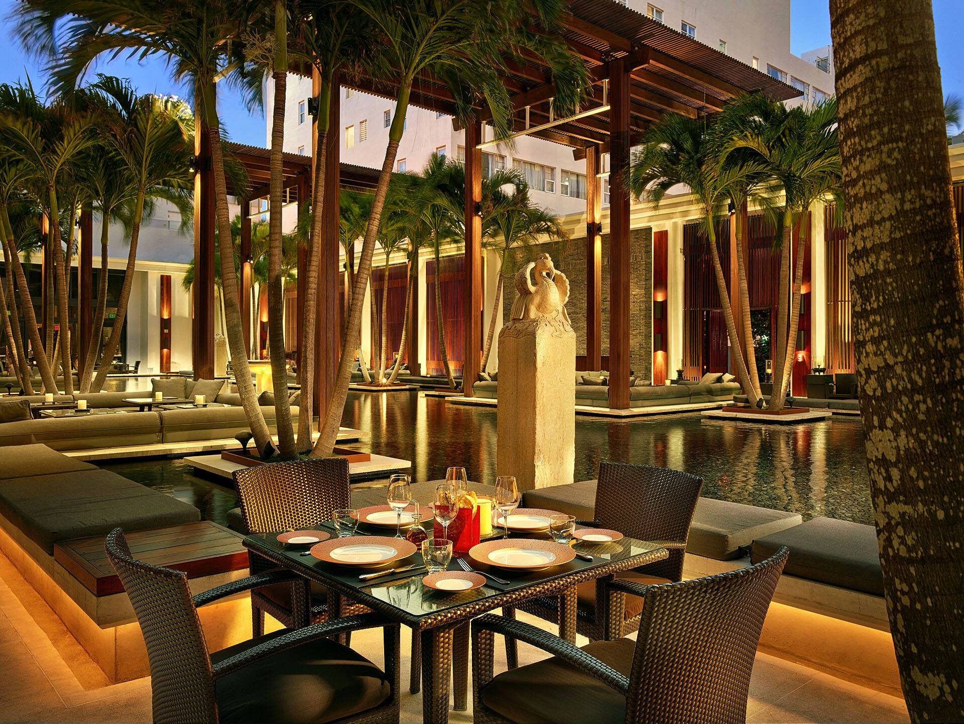 Setai Miami Restaurant Courtyard