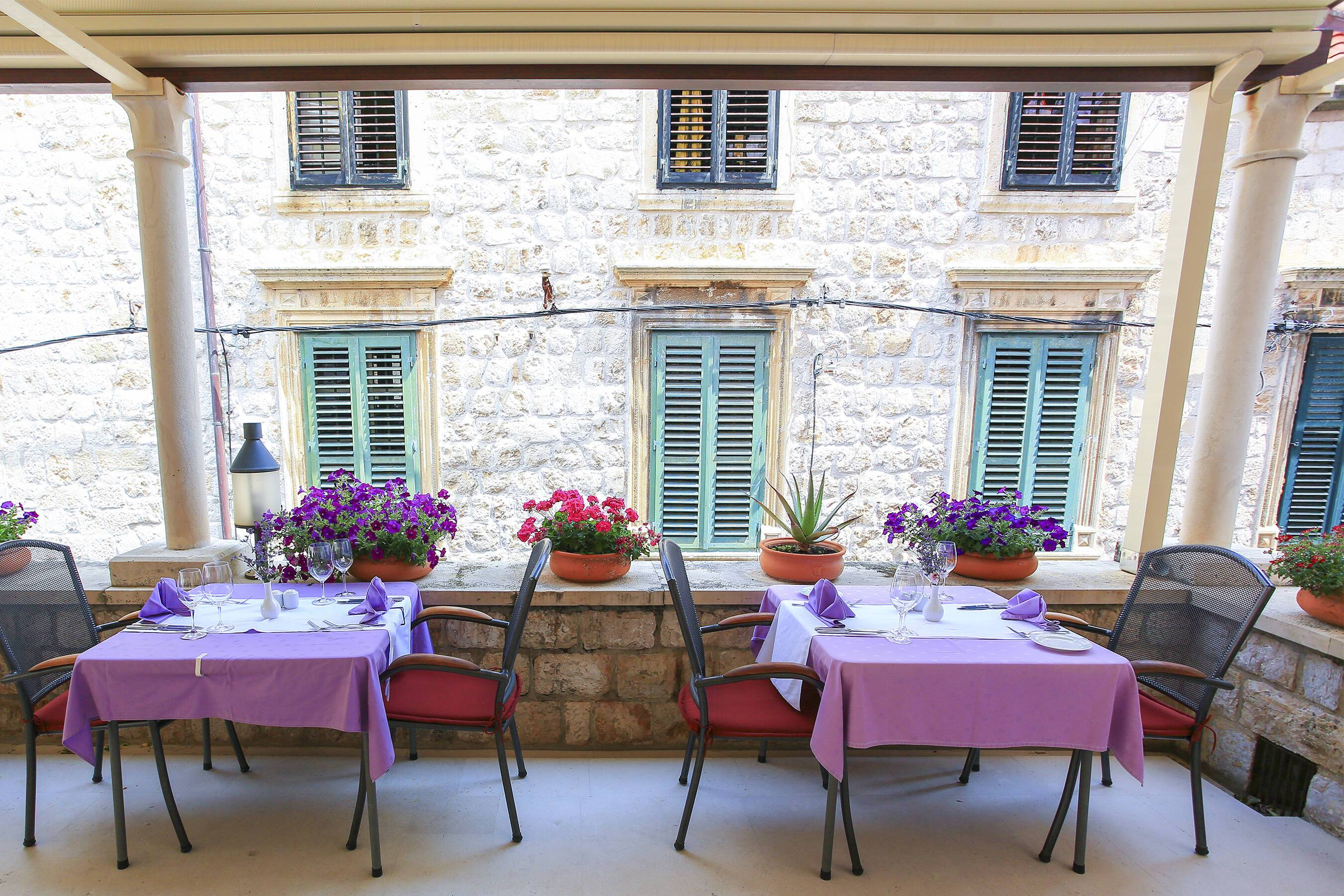 Pucic Palace Dubrovnik Croatie restaurant terrasse Adriatic Images